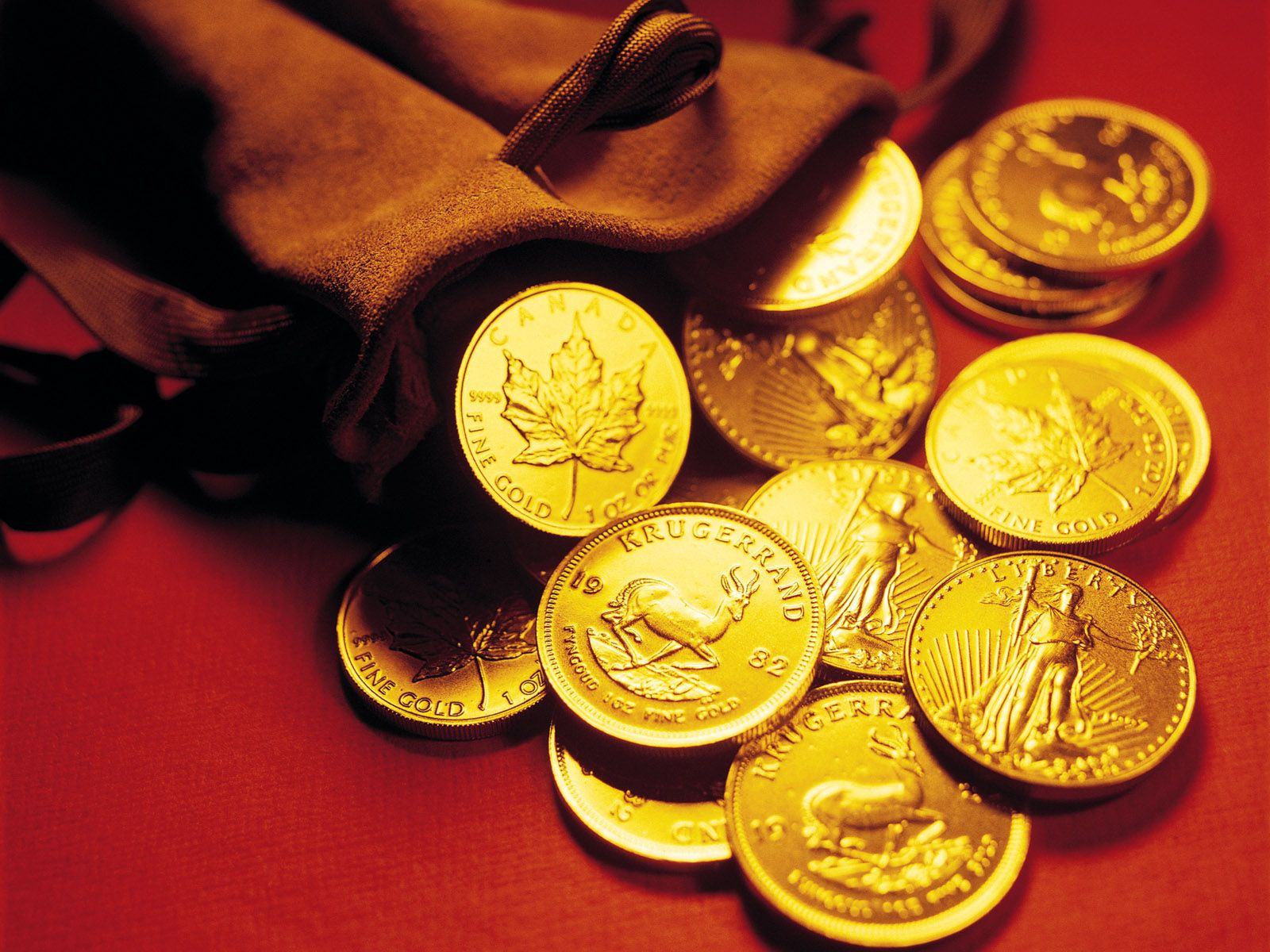 4068x2462 Gold Coin Collection HD Wallpaper