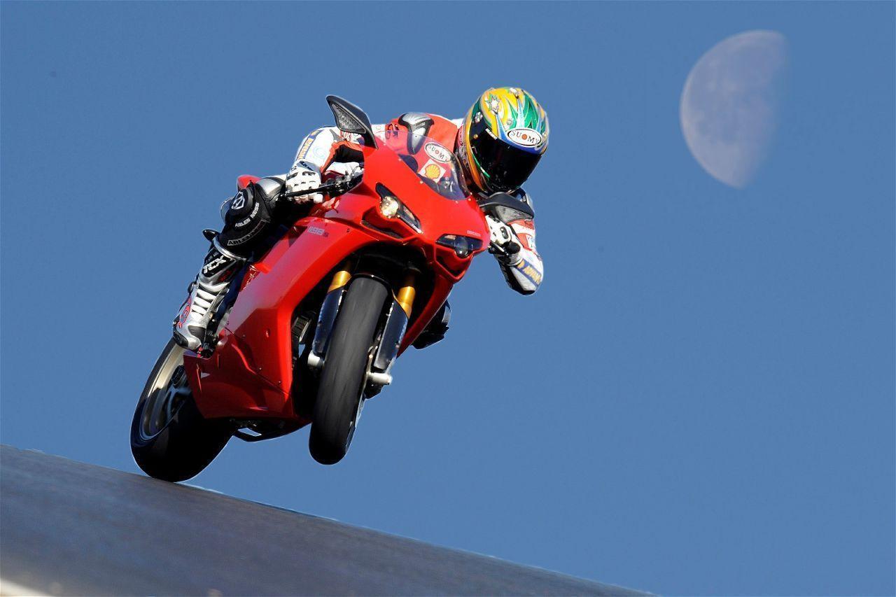 Ducati Bikes Wallpapers Top Free Ducati Bikes Backgrounds