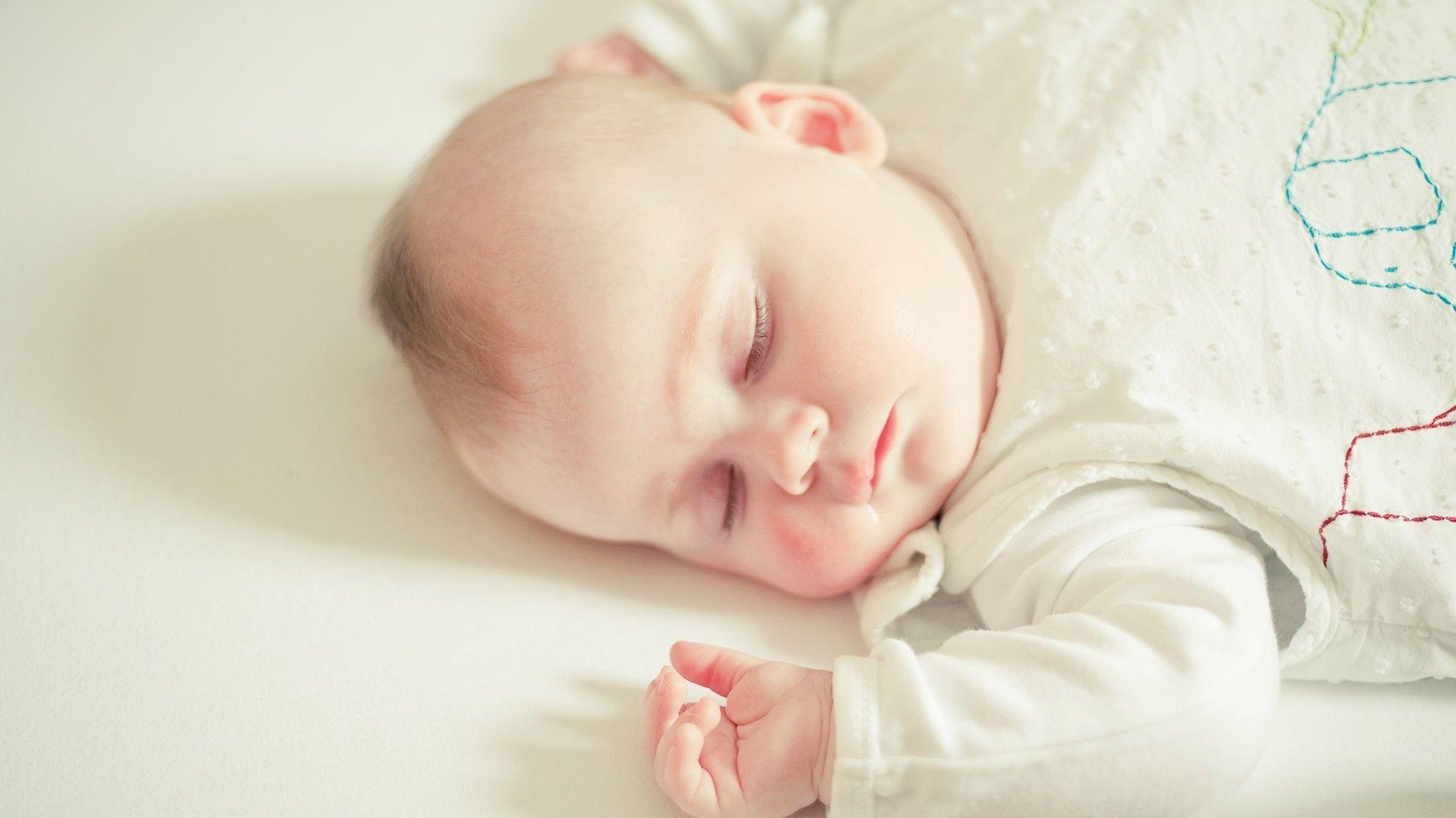 Sleep Baby Wallpapers Top Free Sleep Baby Backgrounds Wallpaperaccess