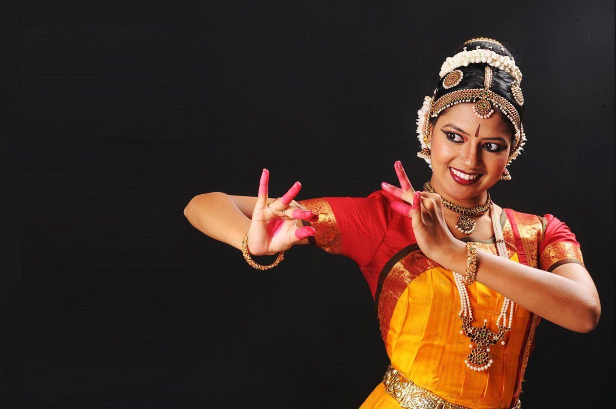 Bharatanatyam Wallpapers Top Free Bharatanatyam Backgrounds Wallpaperaccess