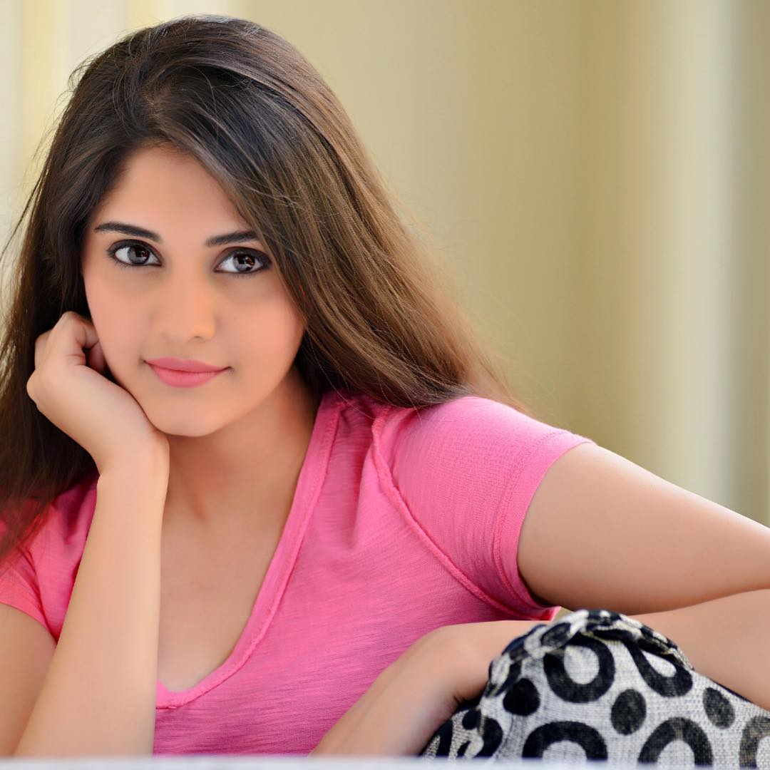 Surabhi Puranik Wallpapers - Top Free Surabhi Puranik Backgrounds -  WallpaperAccess