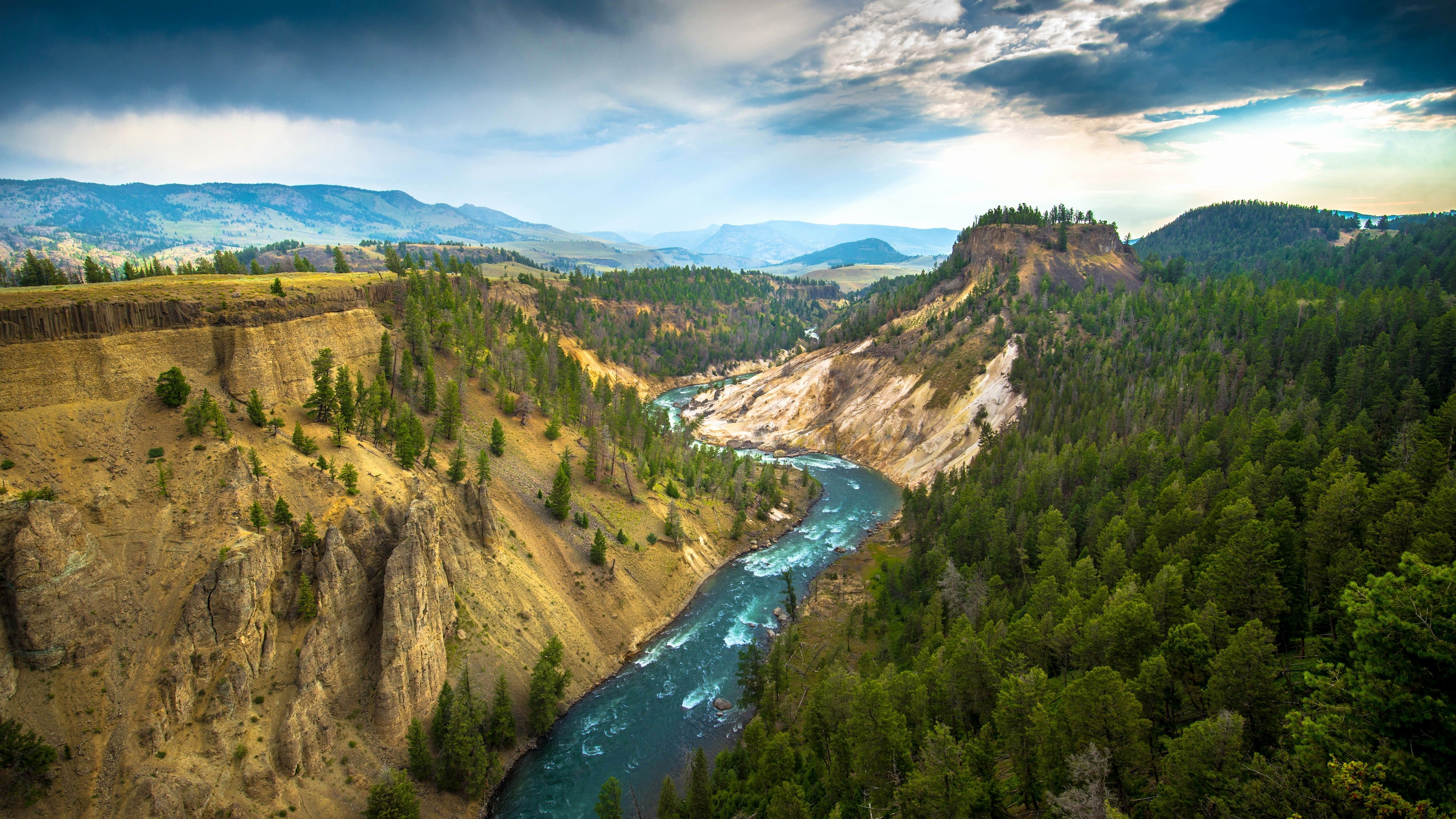 Yellowstone Wallpapers Top Free Yellowstone Backgrounds Wallpaperaccess
