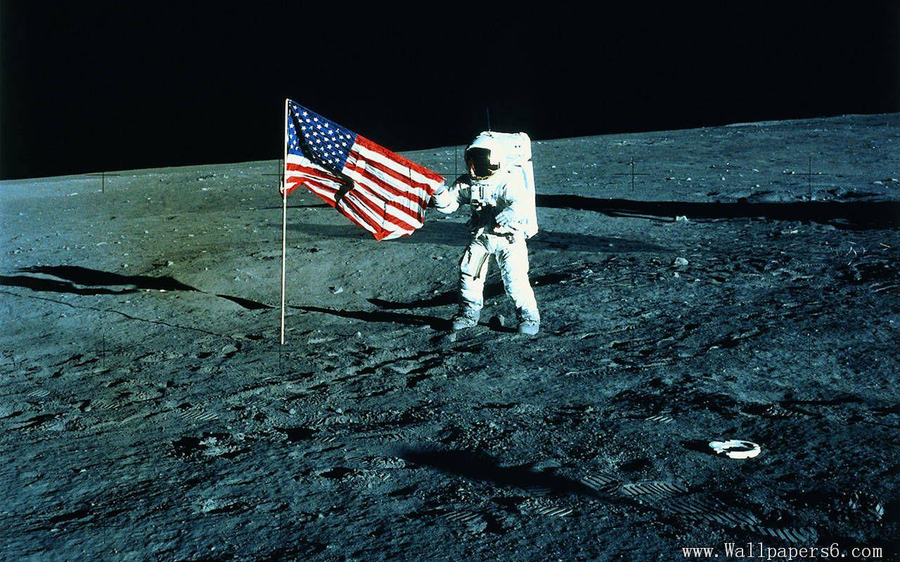 Astronaut On Moon Wallpapers Top Free Astronaut On Moon