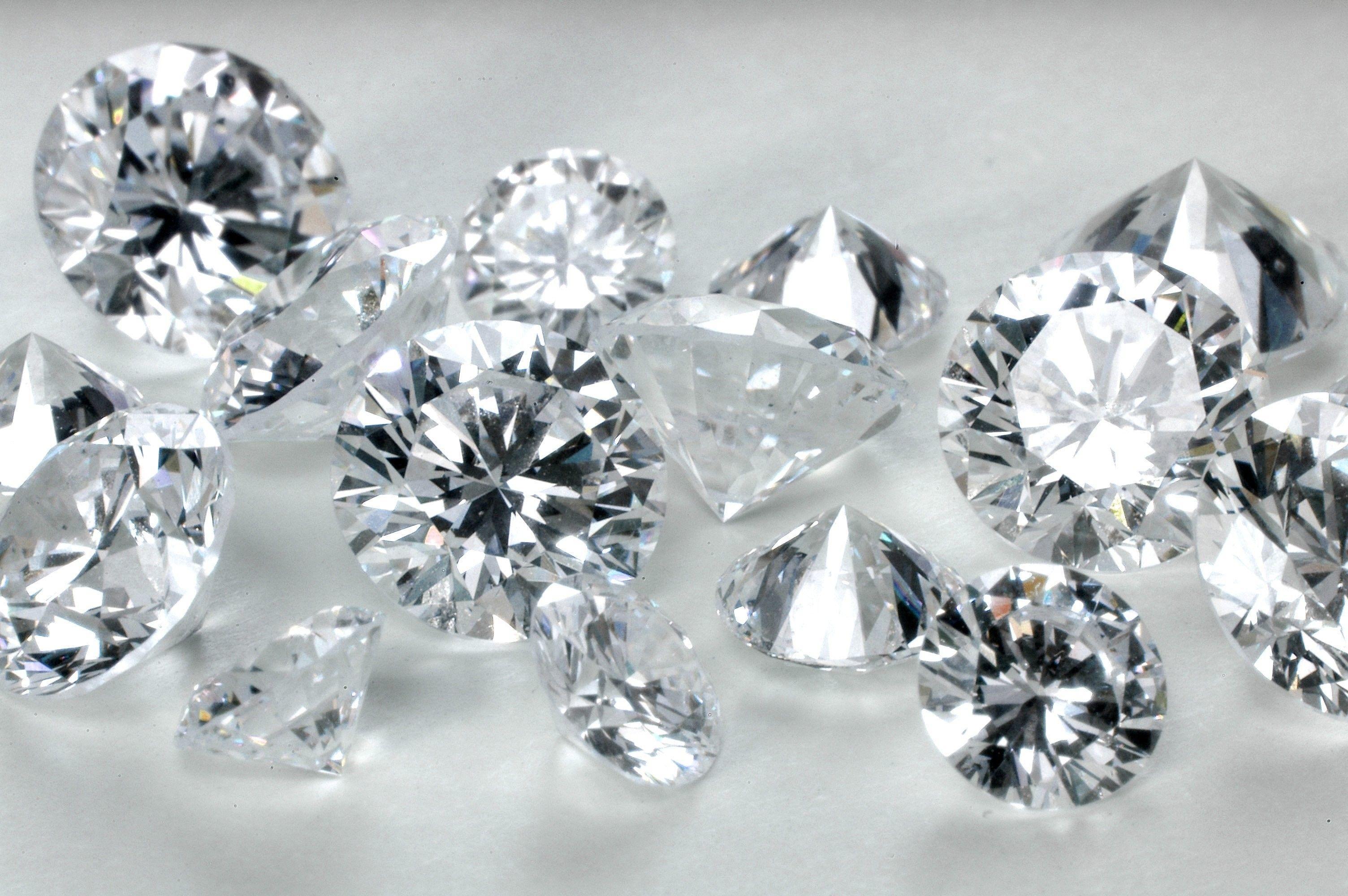 Часов выкуп бриллиантов и часы цена продать старинные настенные