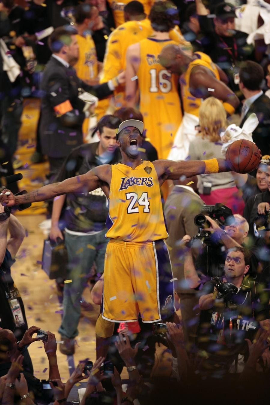 Kobe Bryant Championship Wallpapers Top Free Kobe Bryant Championship Backgrounds Wallpaperaccess