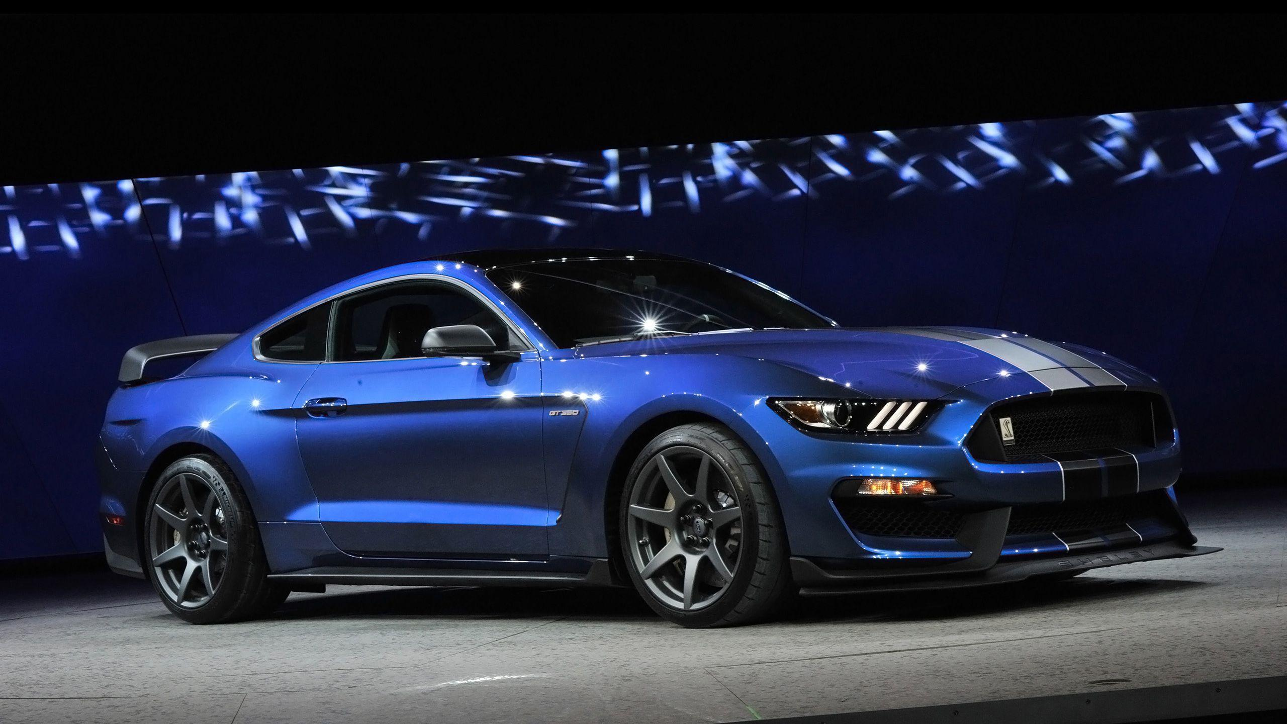 Blue Mustang Wallpapers Top Free Blue Mustang Backgrounds Wallpaperaccess