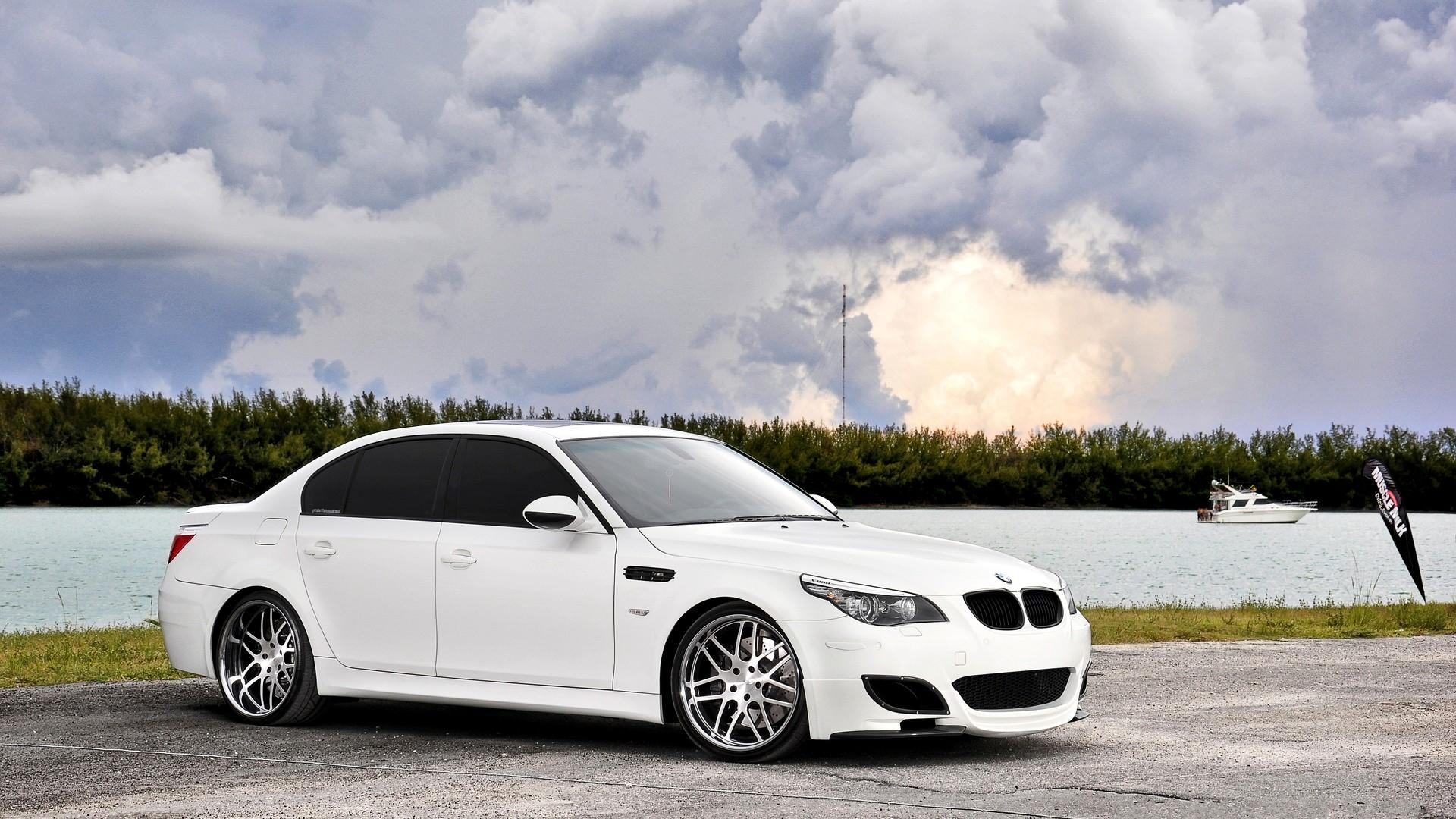 Bmw M5 E60 Wallpapers Top Free Bmw M5 E60 Backgrounds Wallpaperaccess