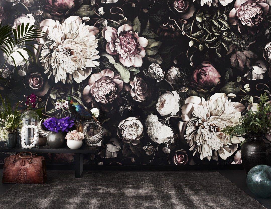 1080x832 Ellie Cashman Dutch Old Master Inspired Floral Wallpaper