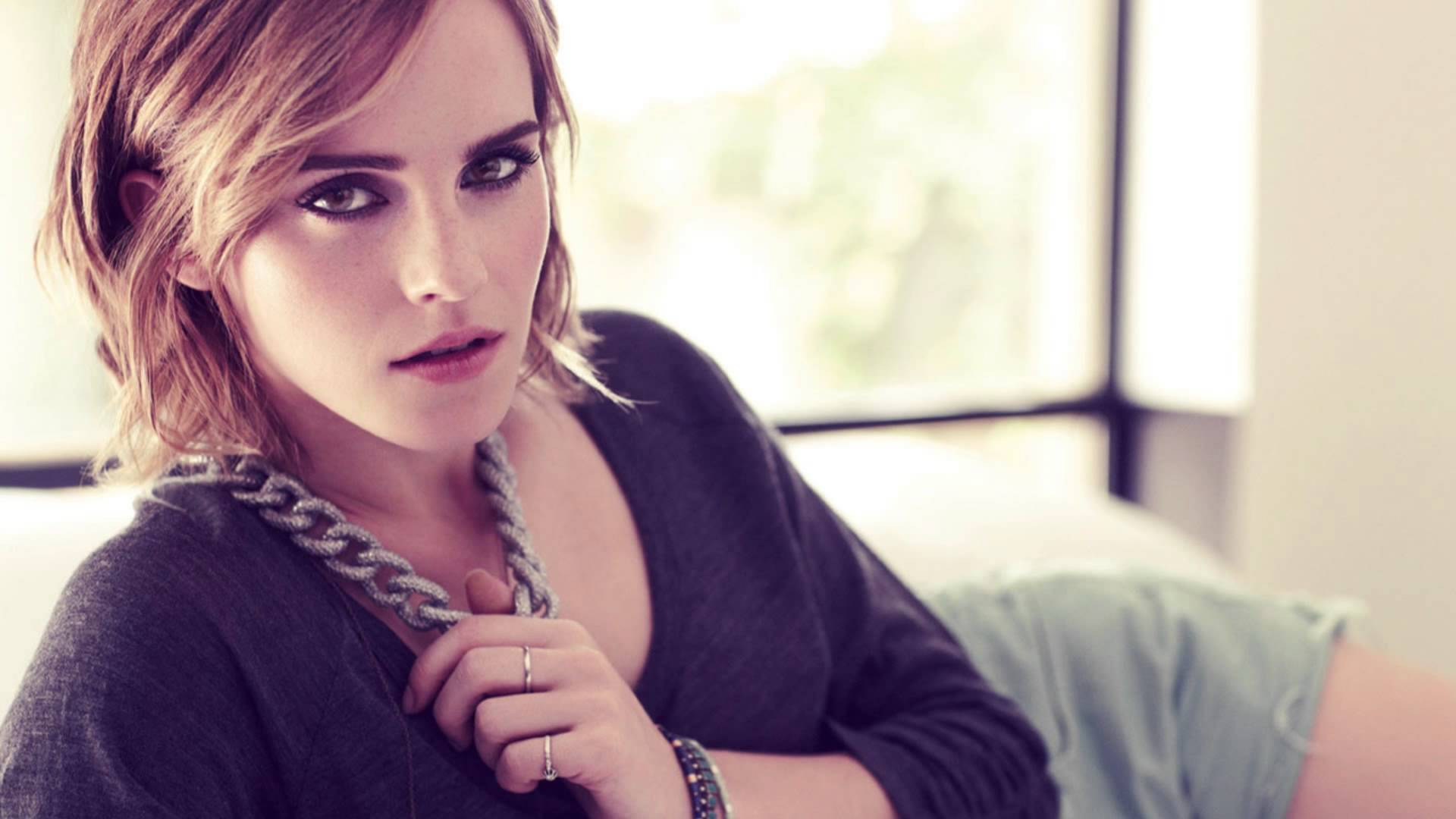 Emma Watson Wide High Quality Wallpapers in jpg format for free
