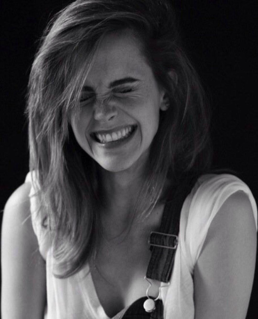 Top Free Emma Watson Backgrounds