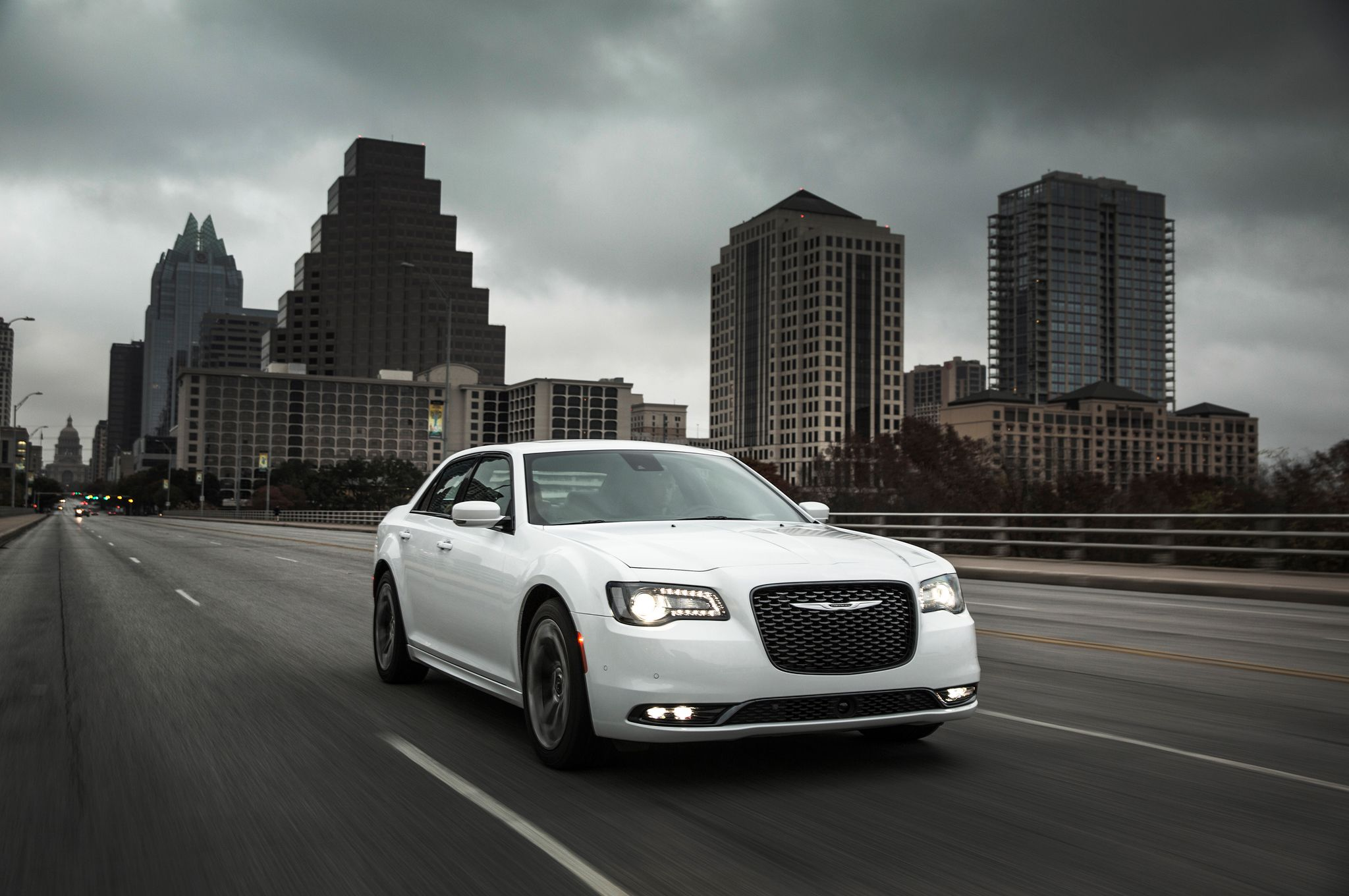 Chrysler 300 Wallpapers Top Free Chrysler 300 Backgrounds Wallpaperaccess