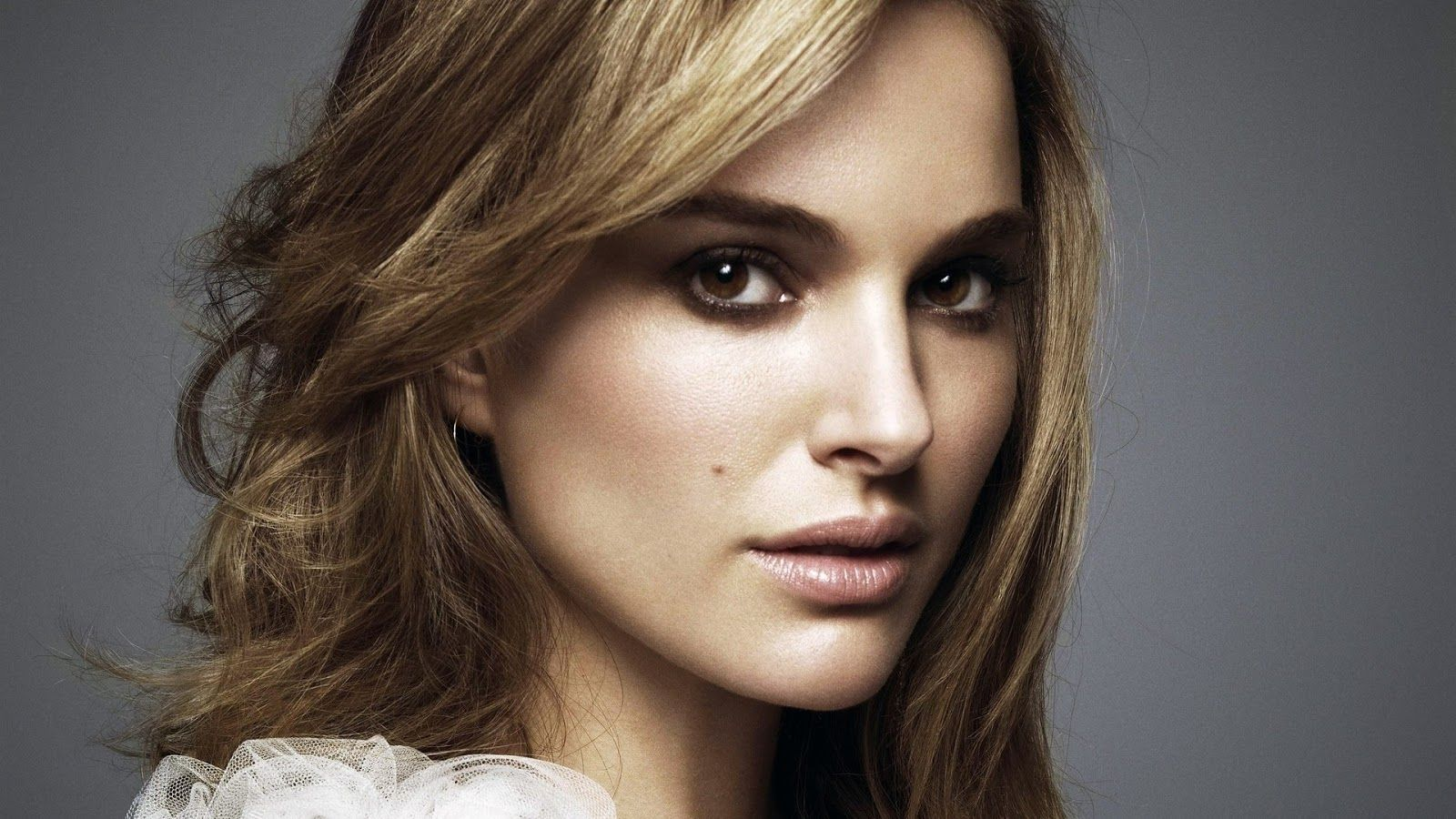 Celebrity Wallpapers Top Free Celebrity Backgrounds