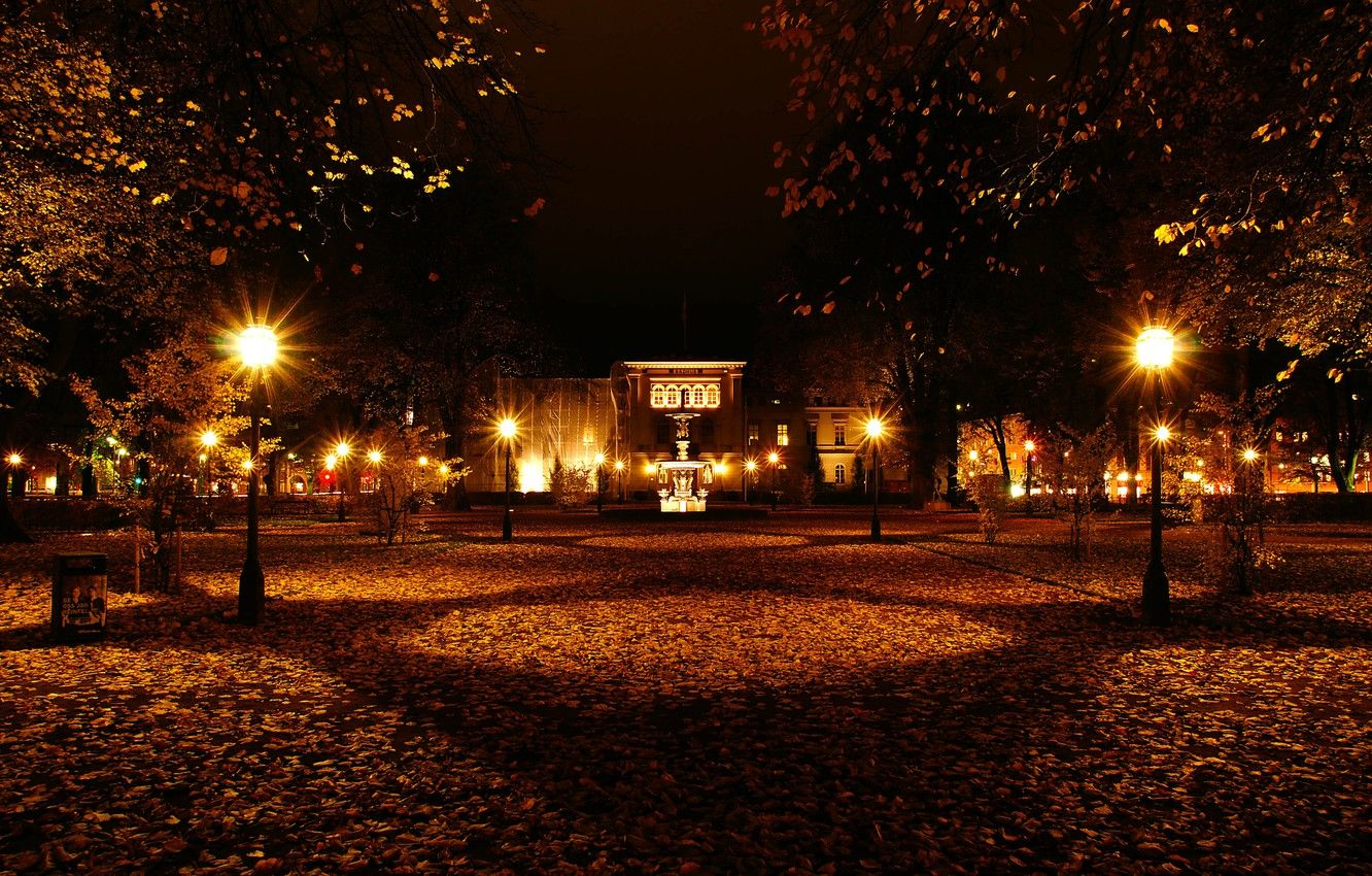 Autumn Night Wallpapers Top Free Autumn Night Backgrounds Wallpaperaccess