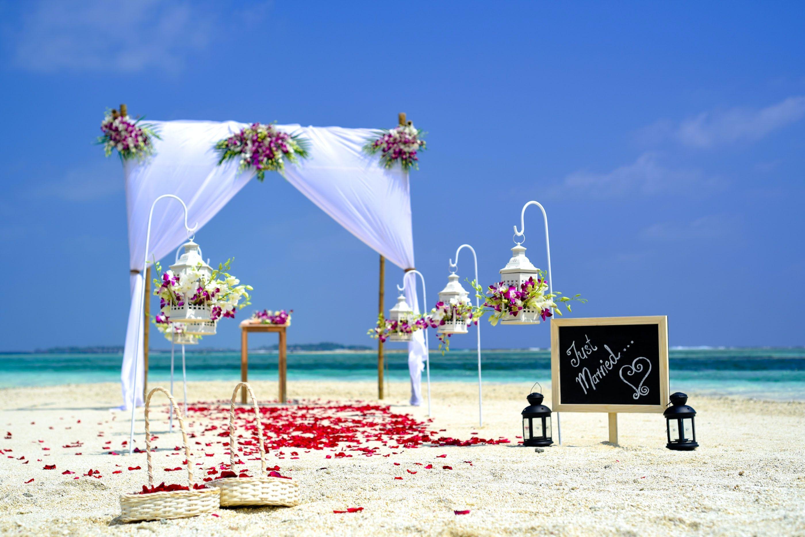 Beach Wedding Wallpapers - Top Free Beach Wedding Backgrounds -  WallpaperAccess