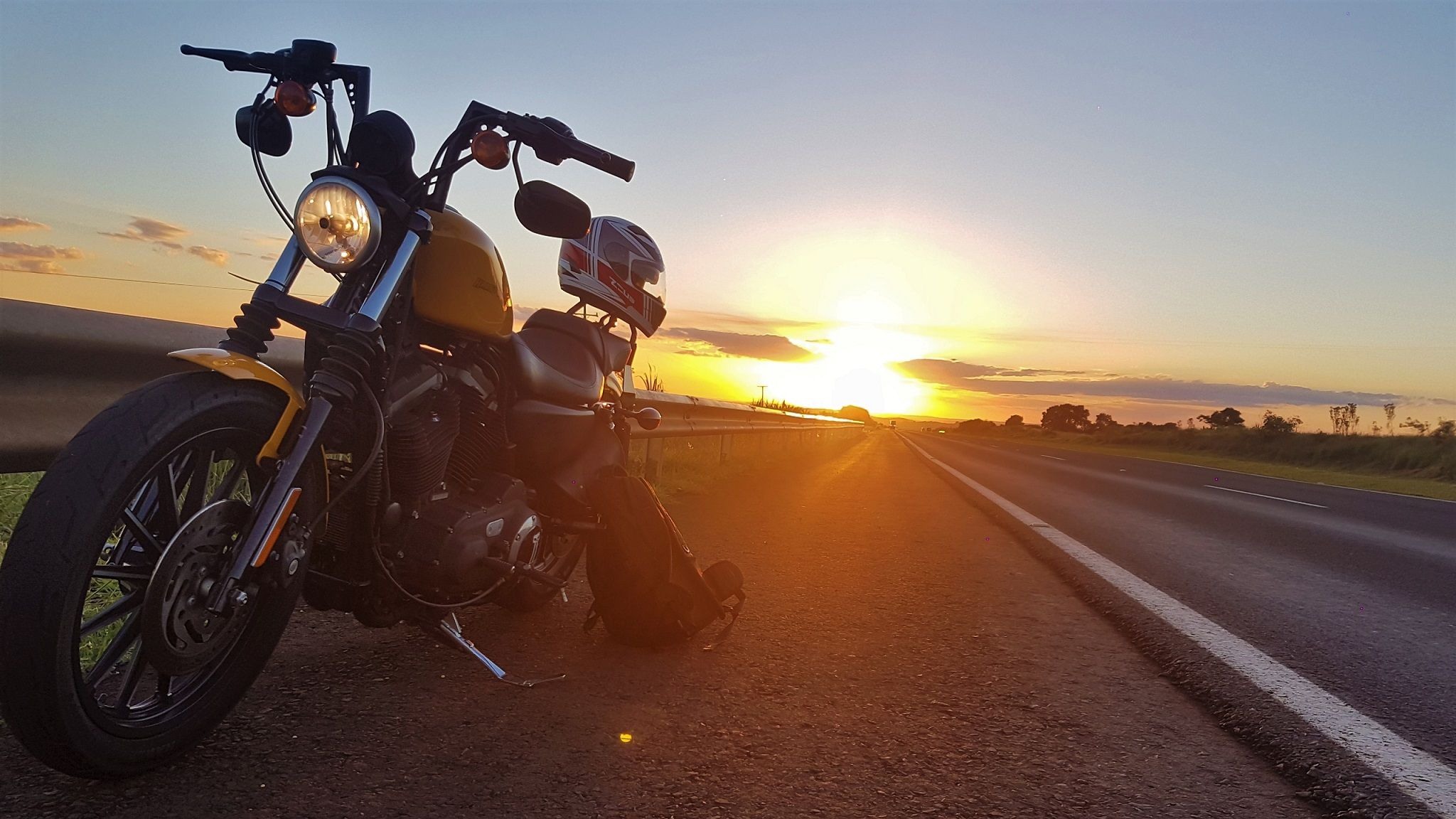Harley Sunset Wallpapers Top Free Harley Sunset Backgrounds Wallpaperaccess