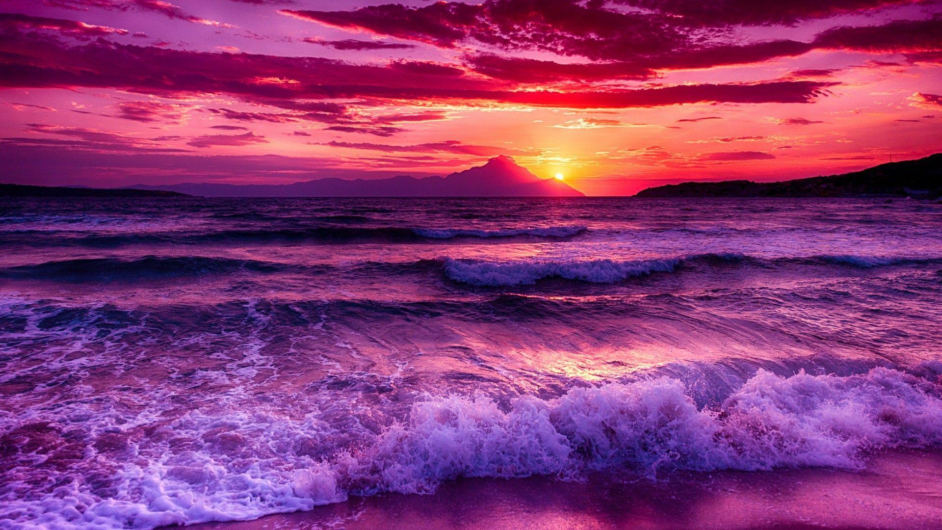 Aesthetic Purple Ocean Wallpaper