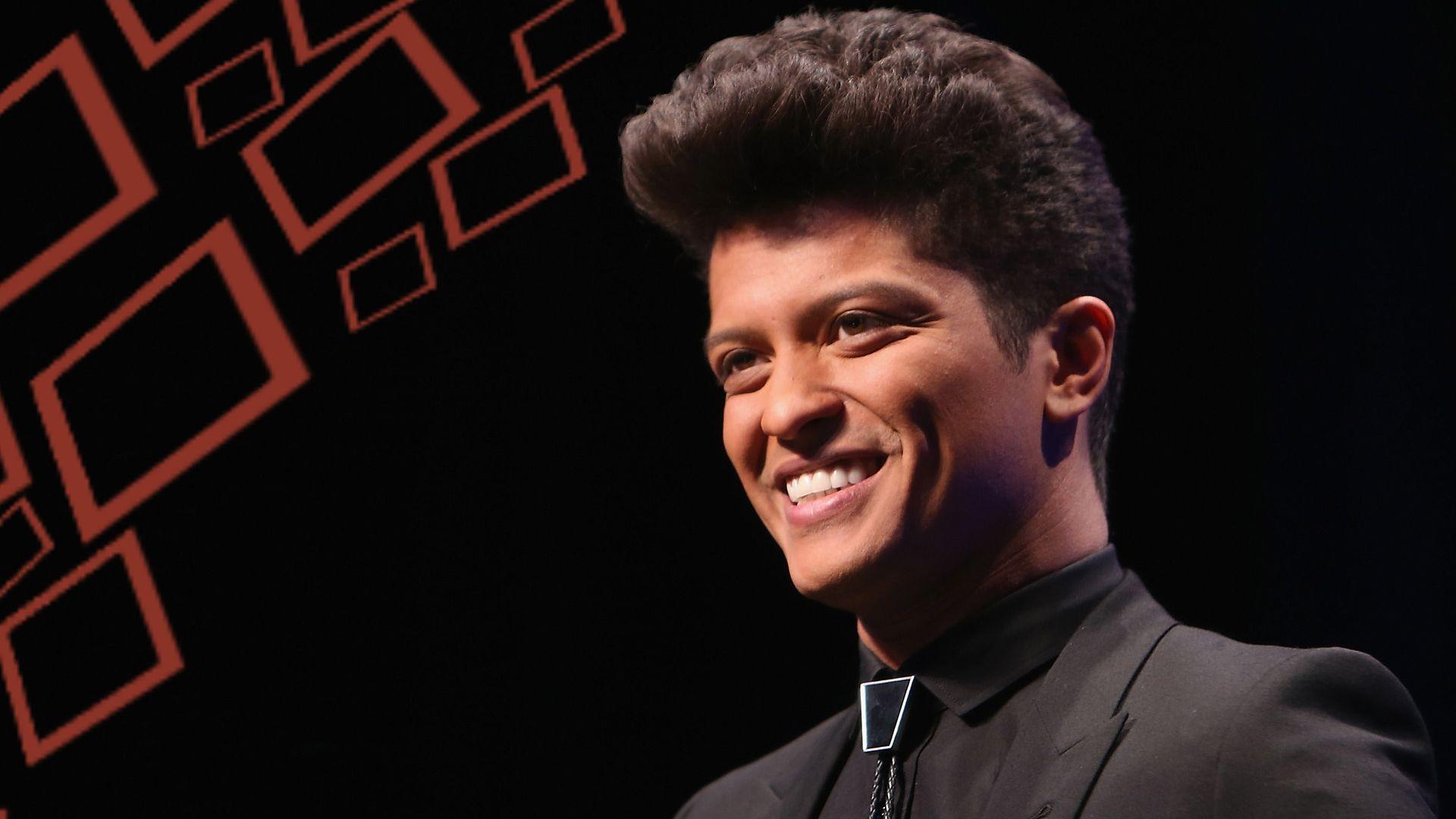 36 Best Free Bruno Mars 24K Wallpapers
