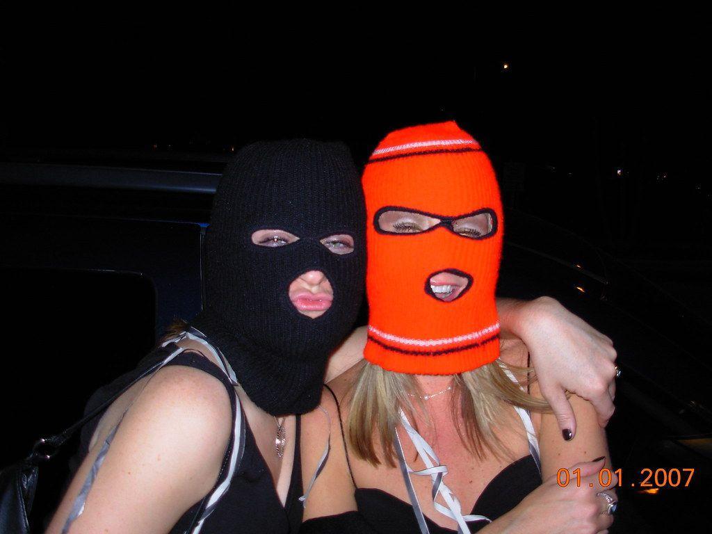 Ski Mask Girl Wallpapers Top Free Ski Mask Girl Backgrounds Wallpaperaccess