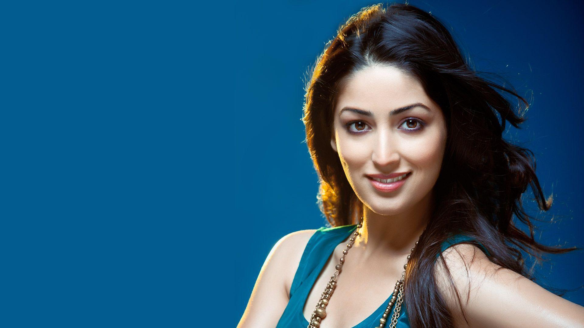 Actress Wallpapers Top Free Actress Backgrounds Wallpaperaccess