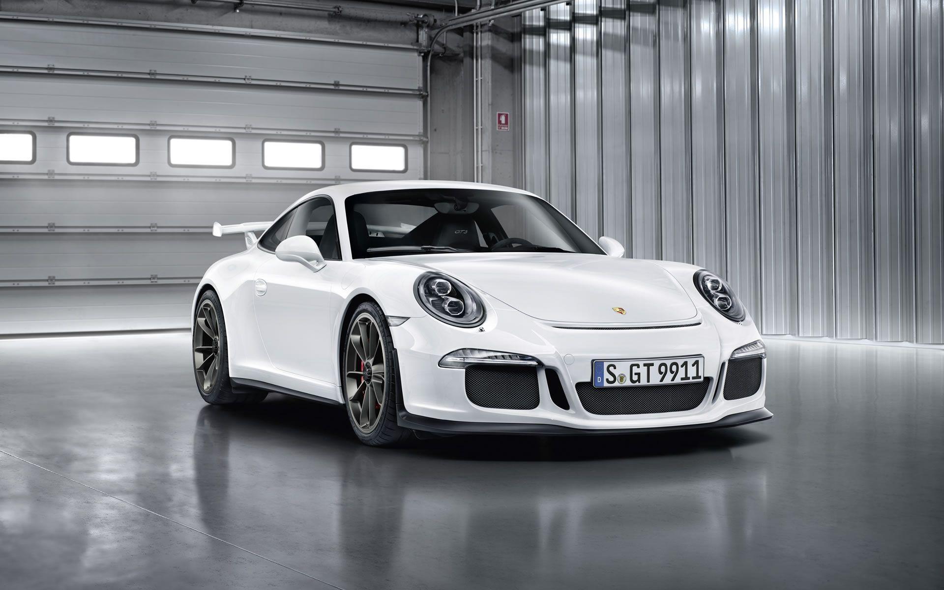 White Porsche Wallpapers Top Free White Porsche Backgrounds Wallpaperaccess