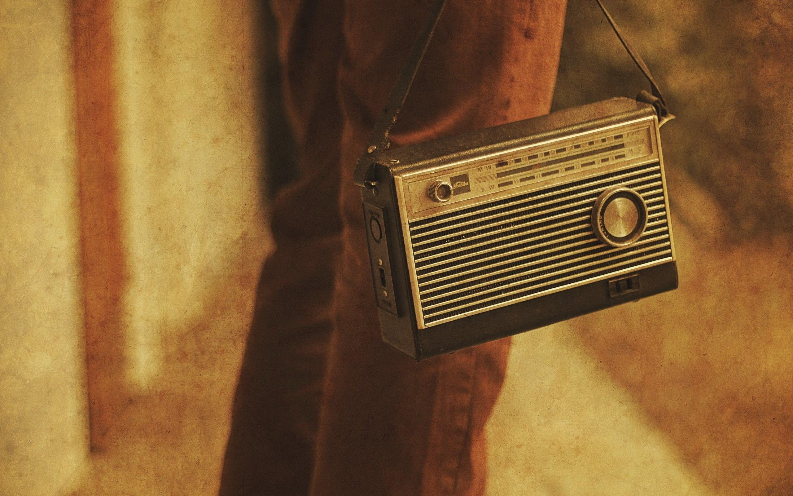 "2560x1600 Vintage Radio wallpapers | Vintage Radio stock photos""> · Download"
