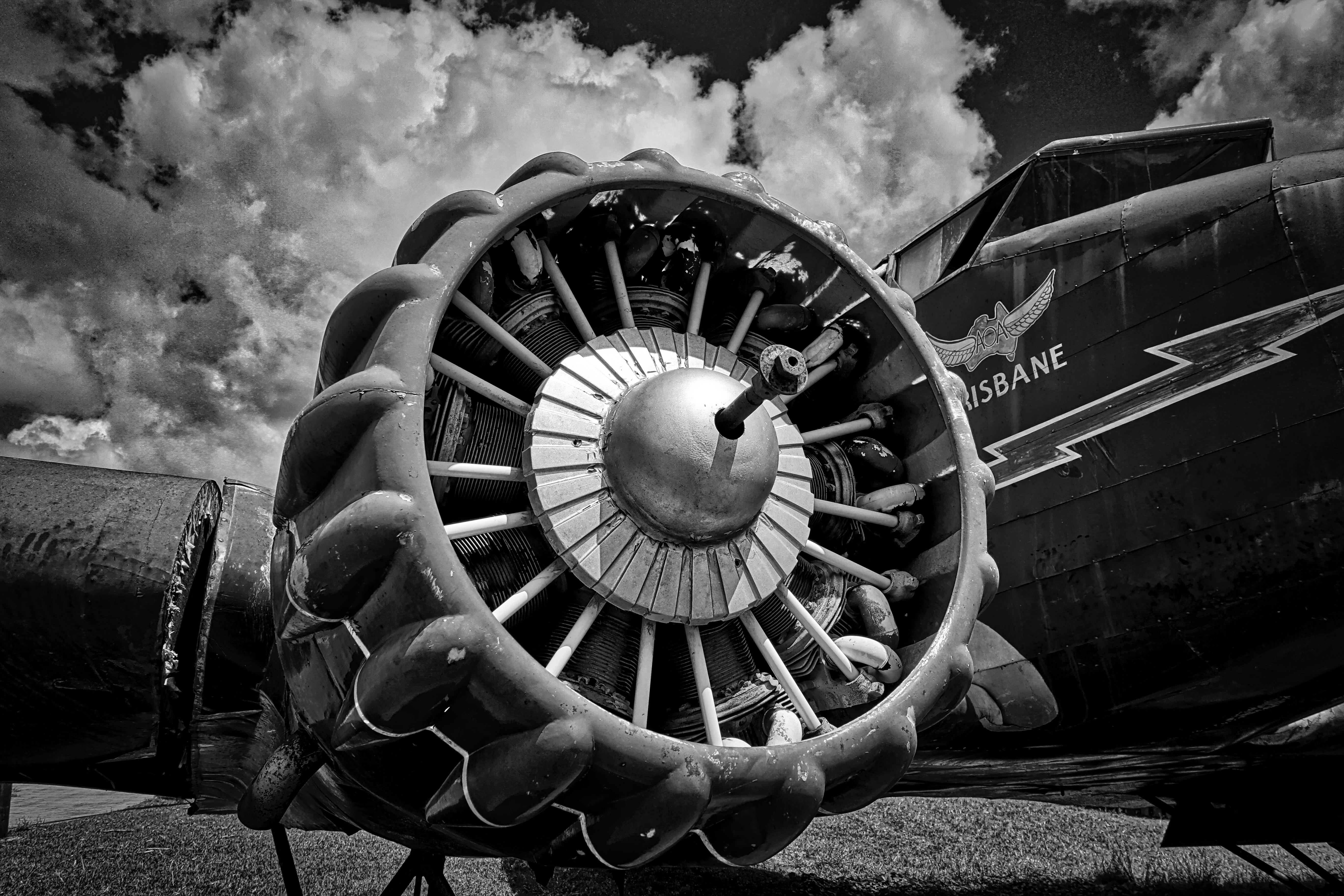 Aircraft Engine Wallpapers Top Free Aircraft Engine Backgrounds Wallpaperaccess