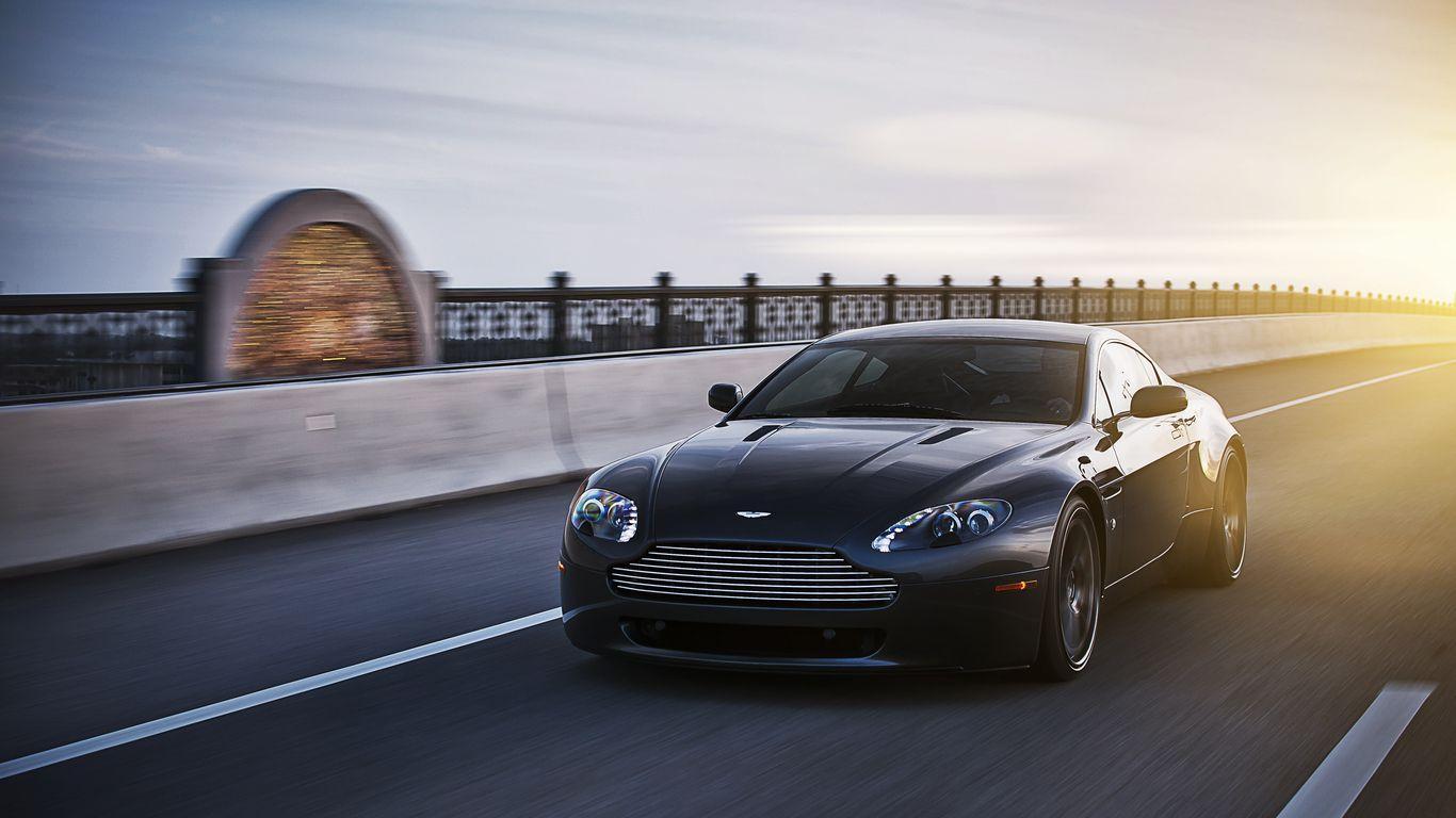 Aston Martin V8 Vantage Wallpapers Top Free Aston Martin V8 Vantage Backgrounds Wallpaperaccess