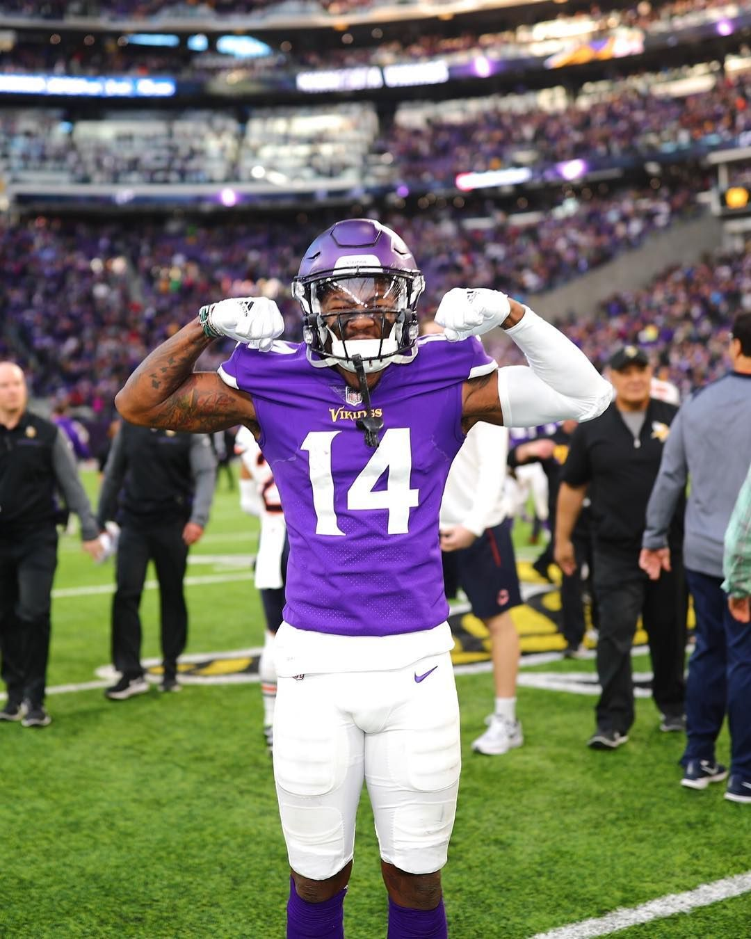 Stefon Diggs Wallpapers Top Free Stefon Diggs Backgrounds Wallpaperaccess