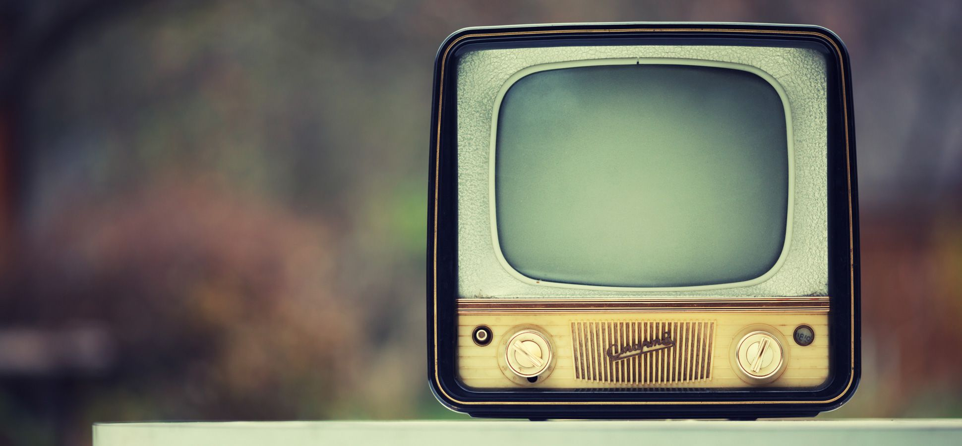 1940x900 Vintage Tv Wallpaper 8234 Thumb
