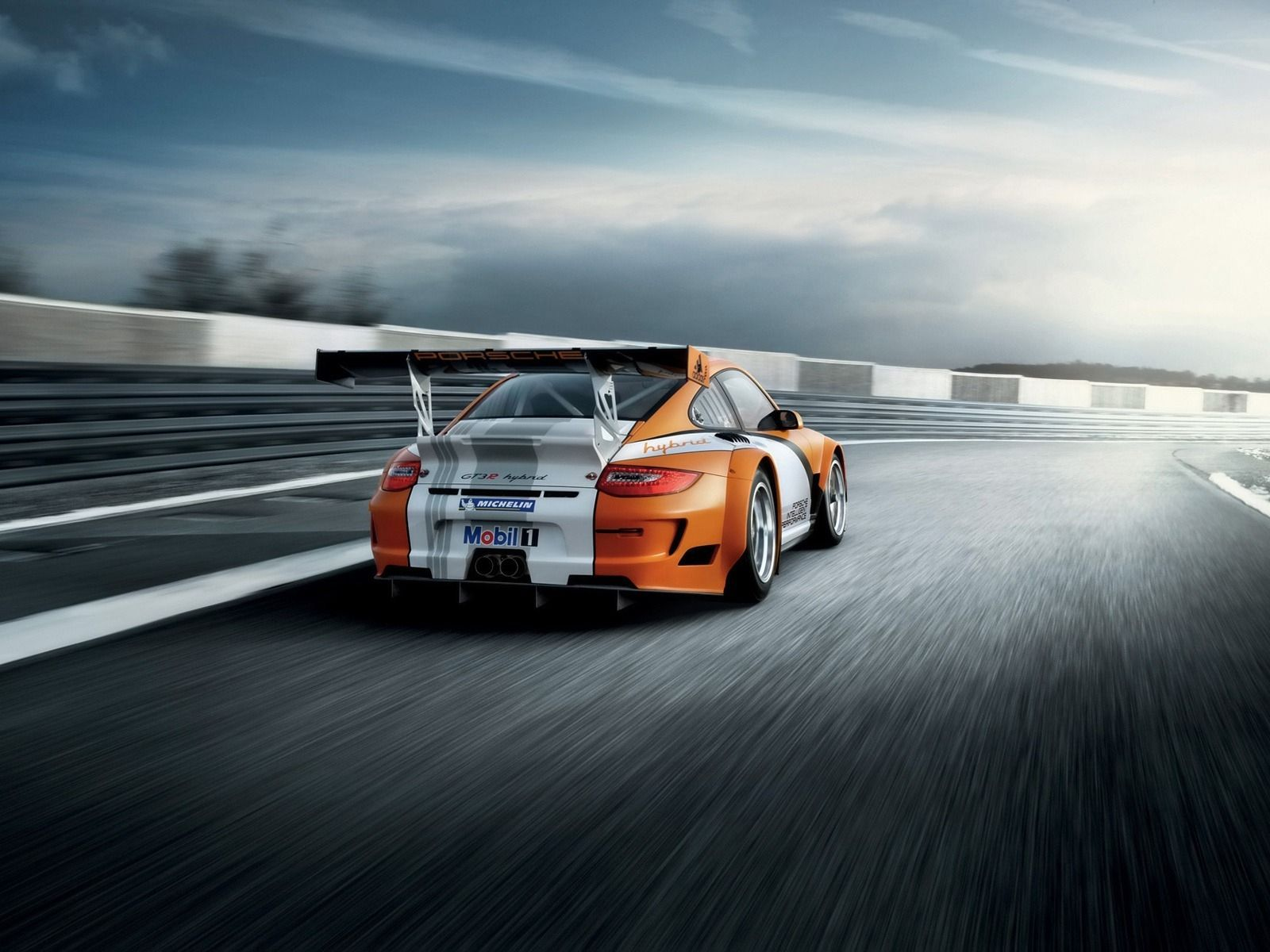 Race Track Wallpapers Top Free Race Track Backgrounds Wallpaperaccess