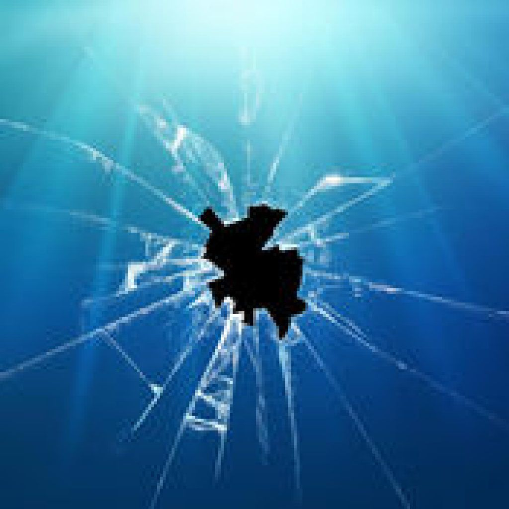 1440x1280 21 Cracked Screen Wallpapers Backgrounds Images