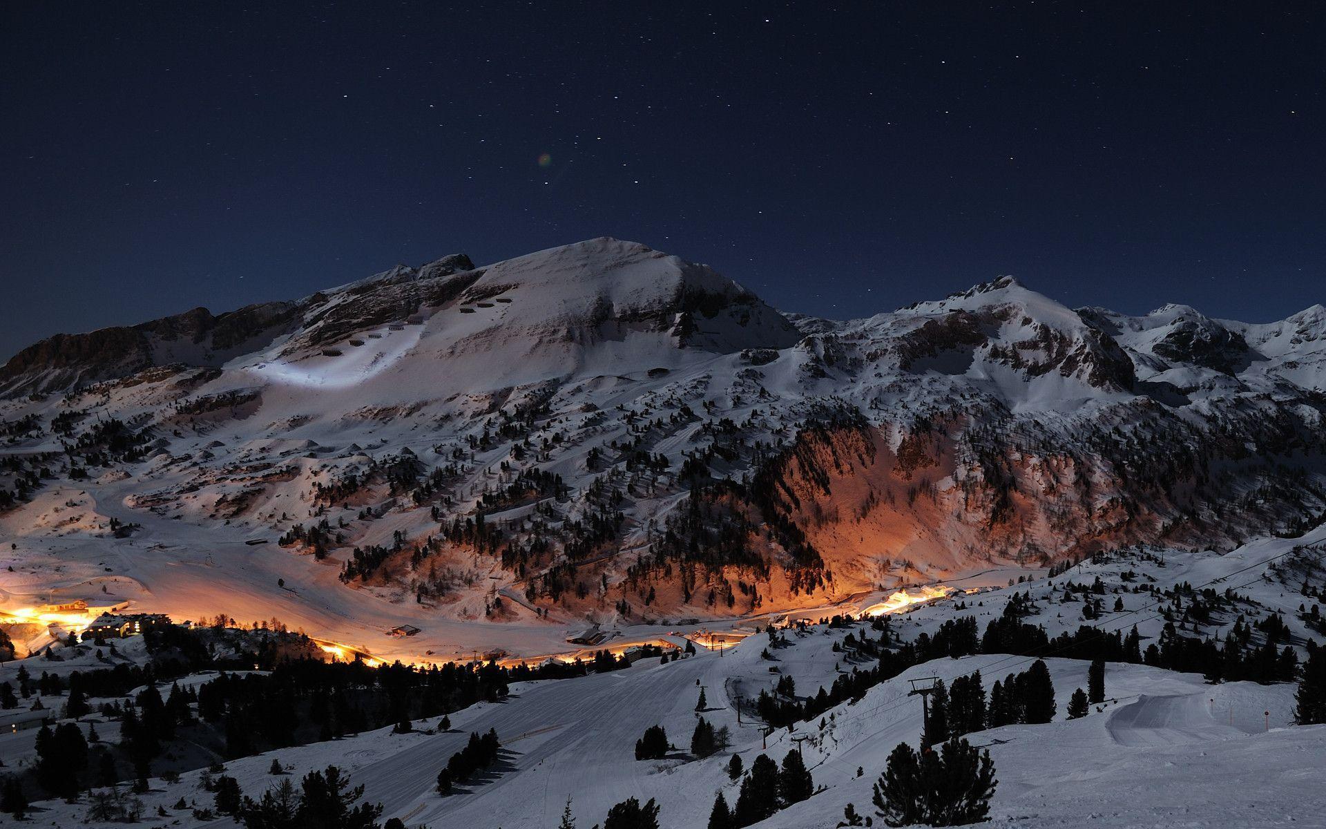 Hình nền núi tuyết 1920x1200