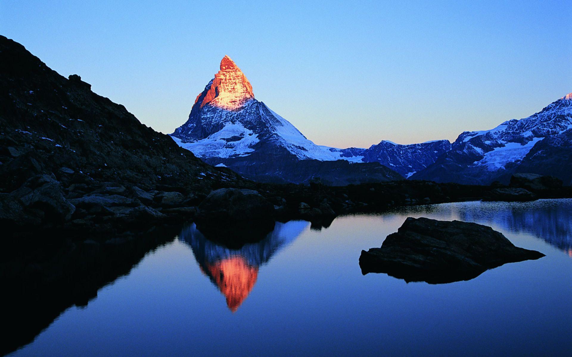 Hình nền núi miễn phí 1920x1200