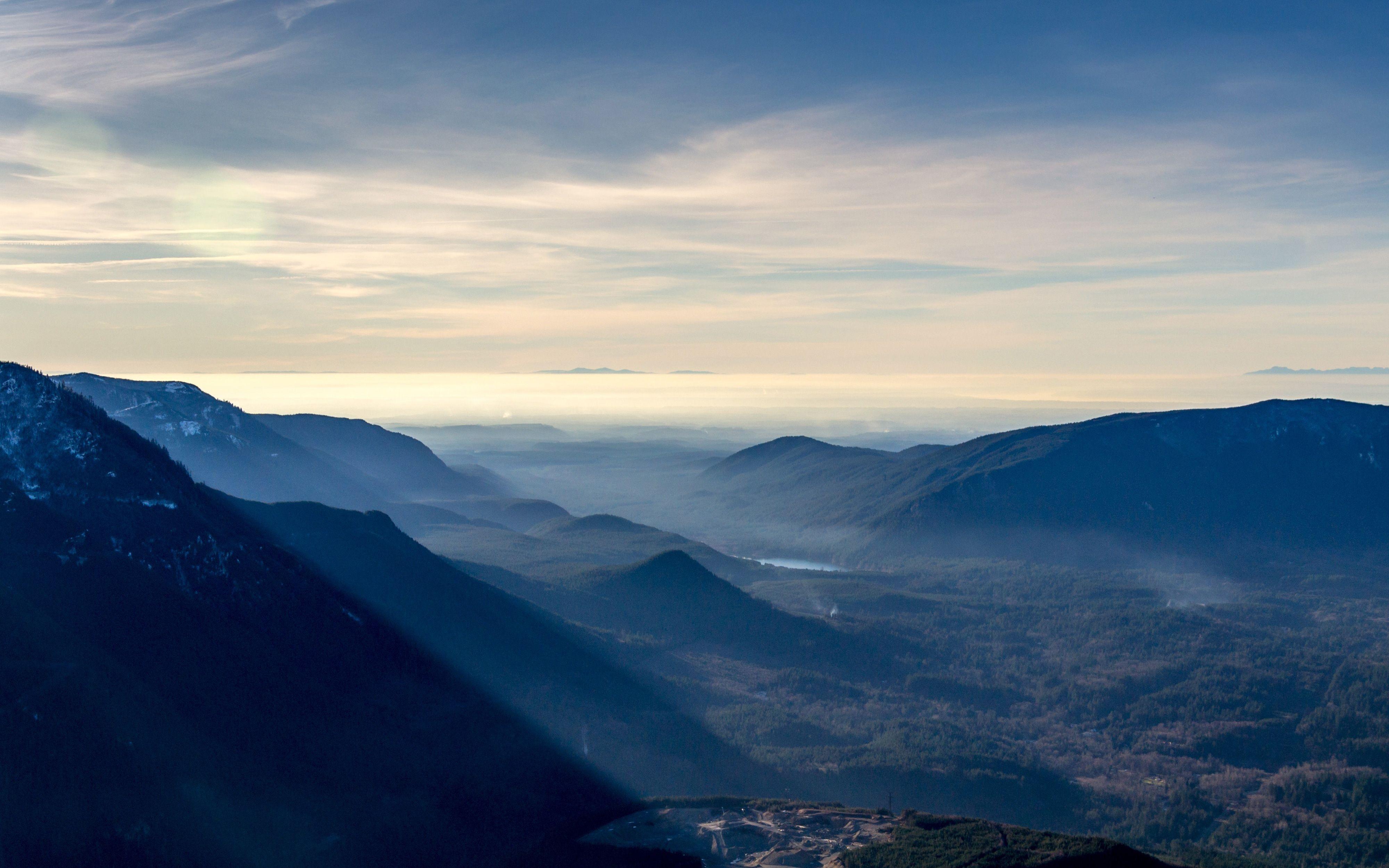 Hình nền dãy núi sương mù 4000x2500