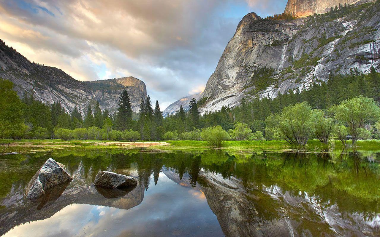 Hình nền máy tính HD 1280x800 Spectacular Mountain Lake Độ nét cao