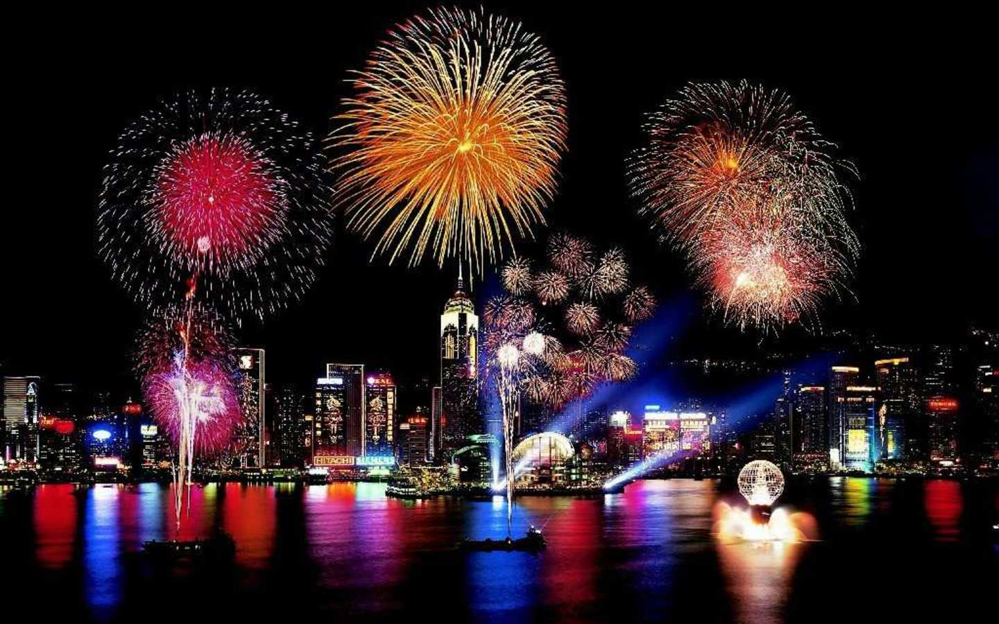 Fireworks Wallpapers Top Free Fireworks Backgrounds Wallpaperaccess