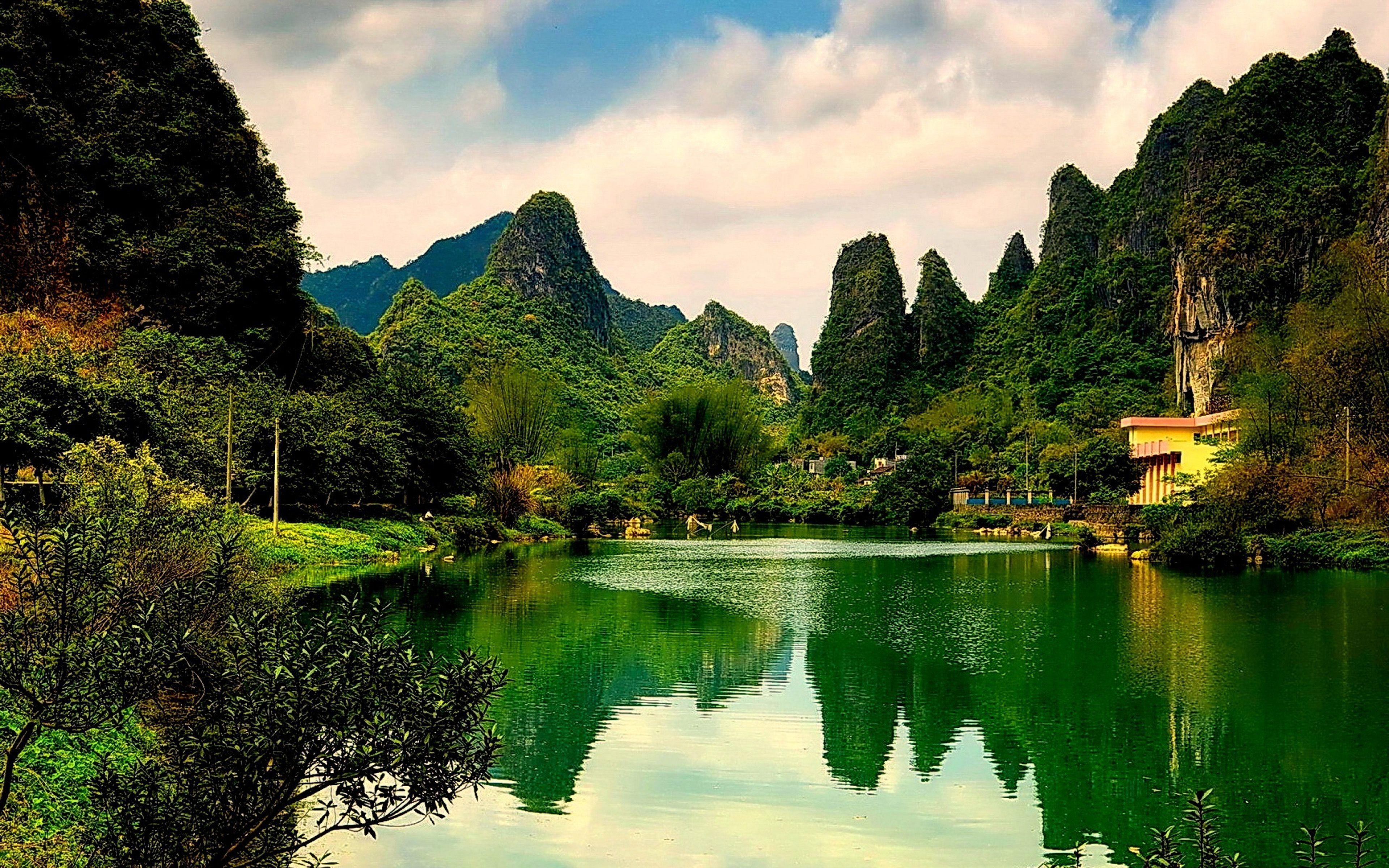 Green Lake Wallpapers Top Free Green Lake Backgrounds Wallpaperaccess Wallpaper green lake boat mountain fog