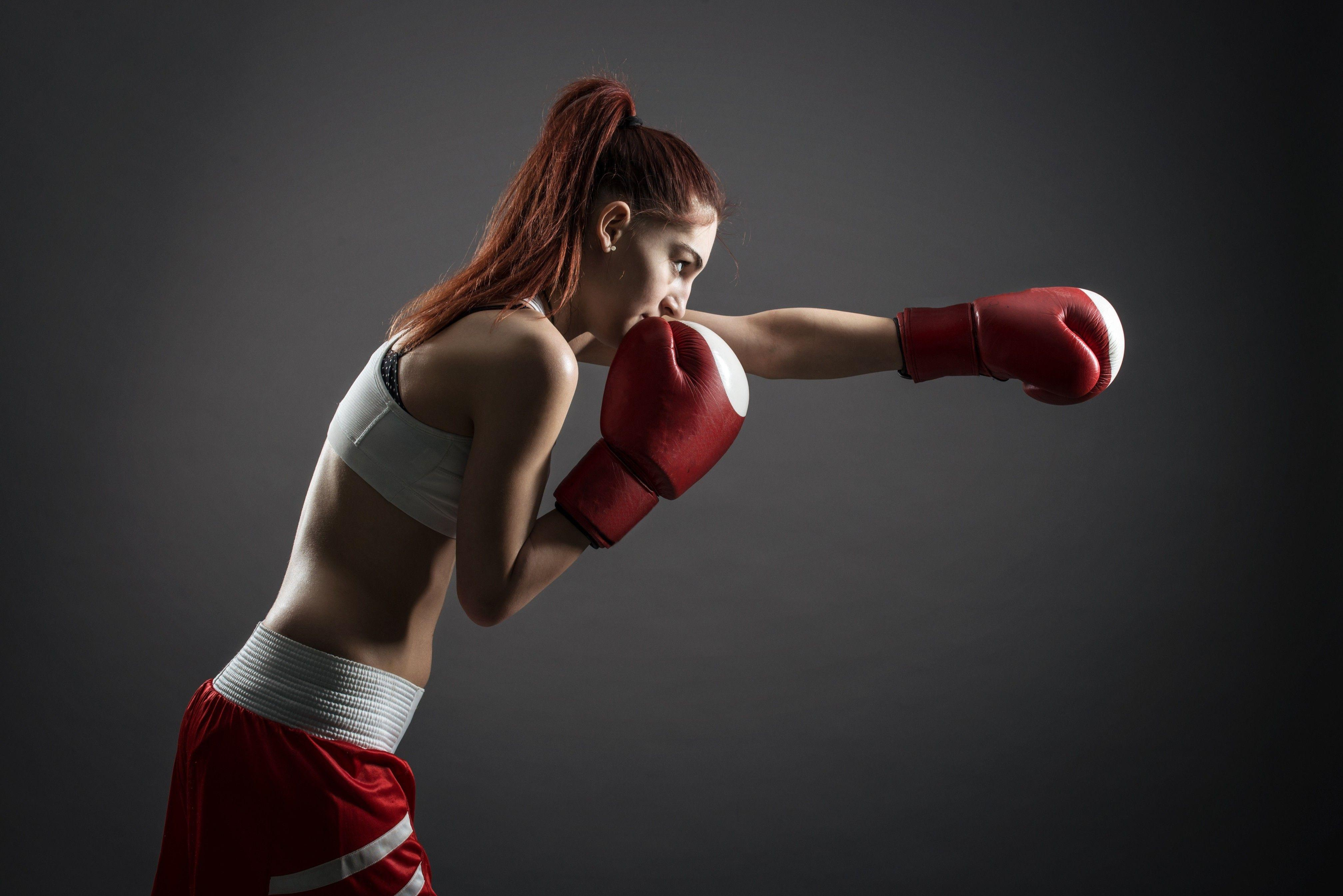 Female Boxing Wallpapers Top Free Female Boxing Backgrounds Wallpaperaccess