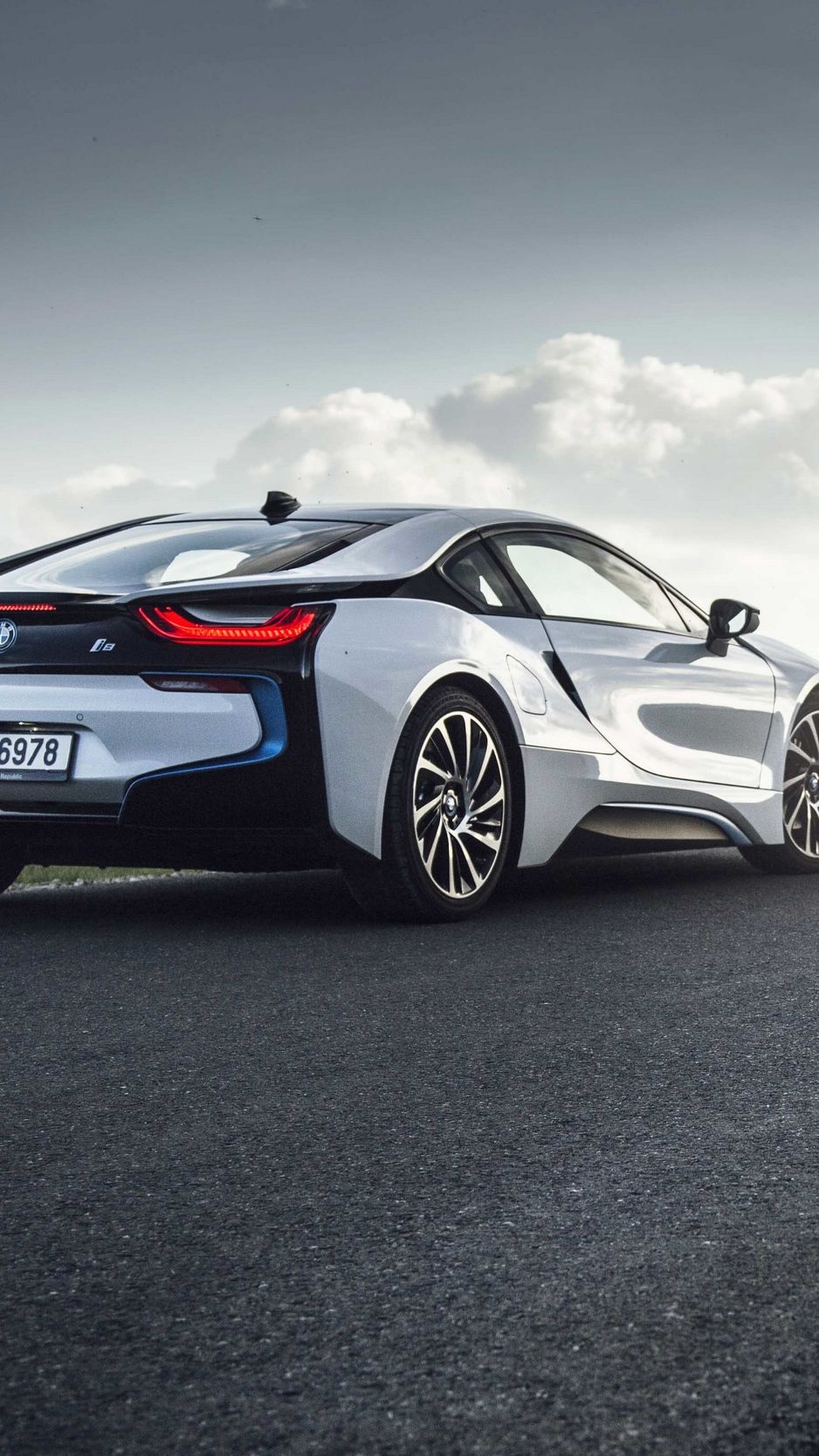 Bmw I8 Iphone Wallpapers Top Free Bmw I8 Iphone Backgrounds Wallpaperaccess