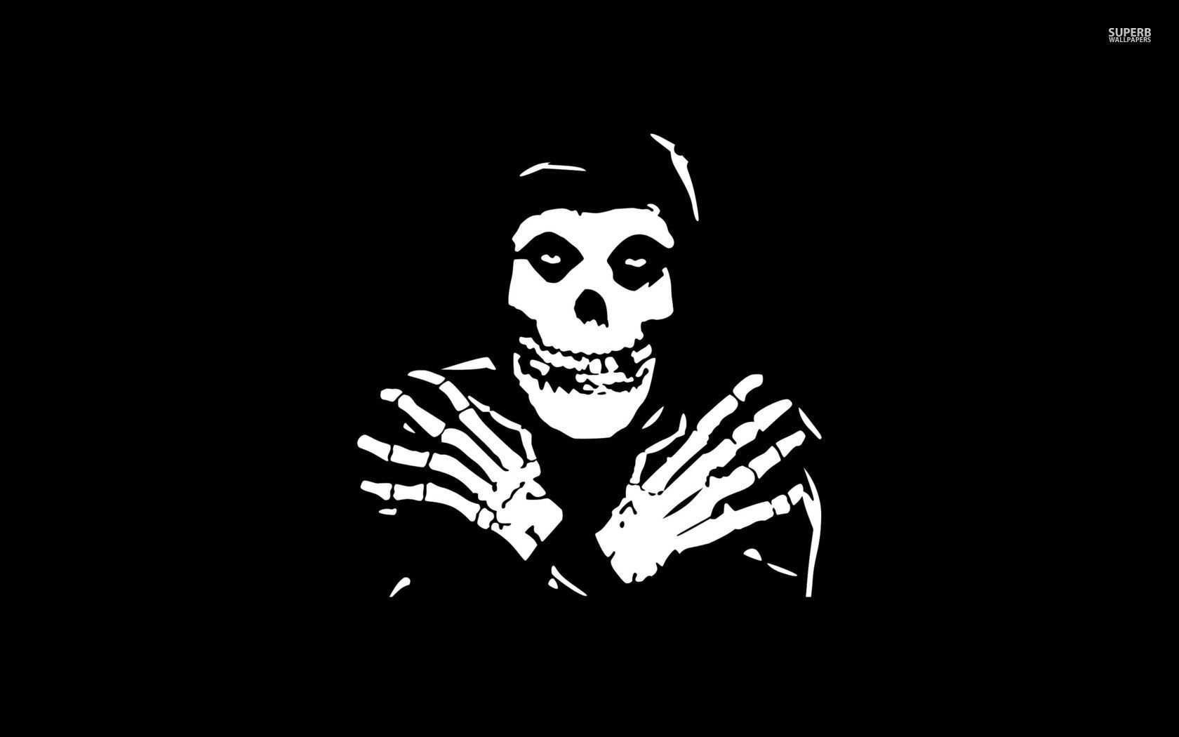 Misfits Wallpapers Top Free Misfits Backgrounds Wallpaperaccess