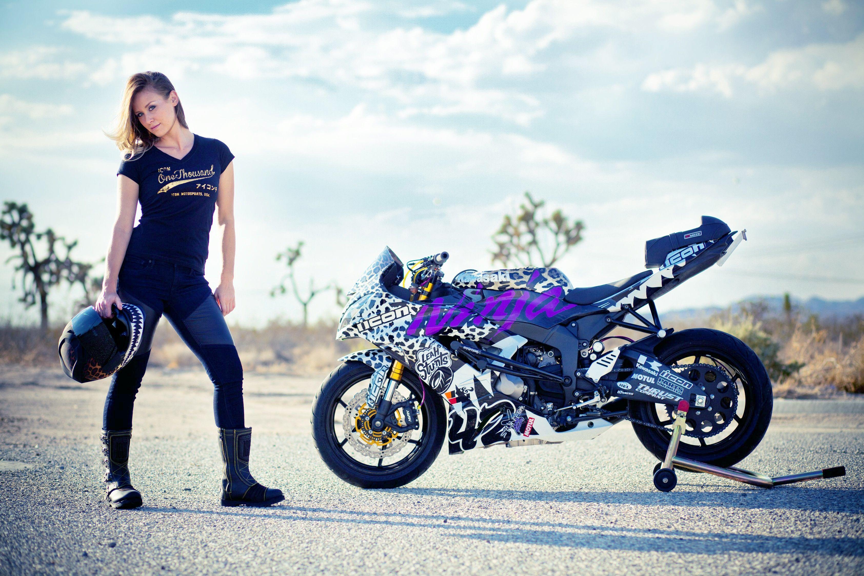 Bike Girl Wallpapers Top Free Bike Girl Backgrounds Wallpaperaccess