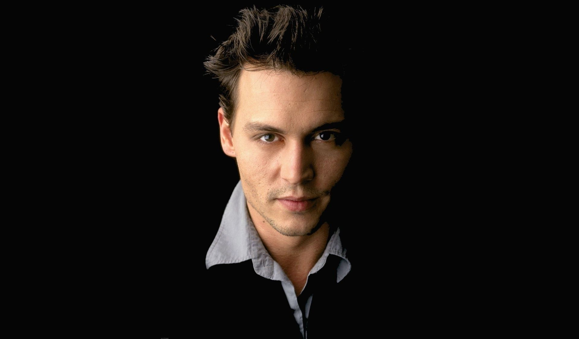 Johnny Depp IPhone Wallpapers
