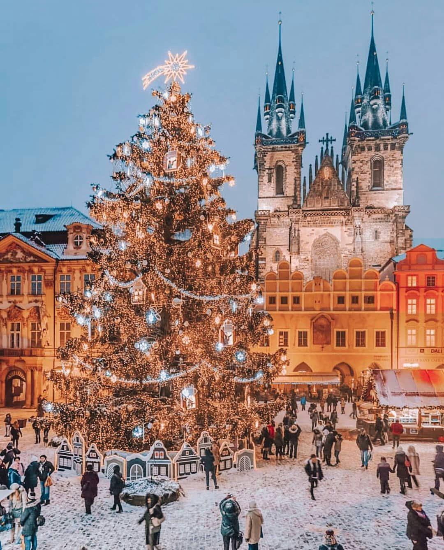 Prague Christmas Wallpapers Top Free Prague Christmas Backgrounds Wallpaperaccess