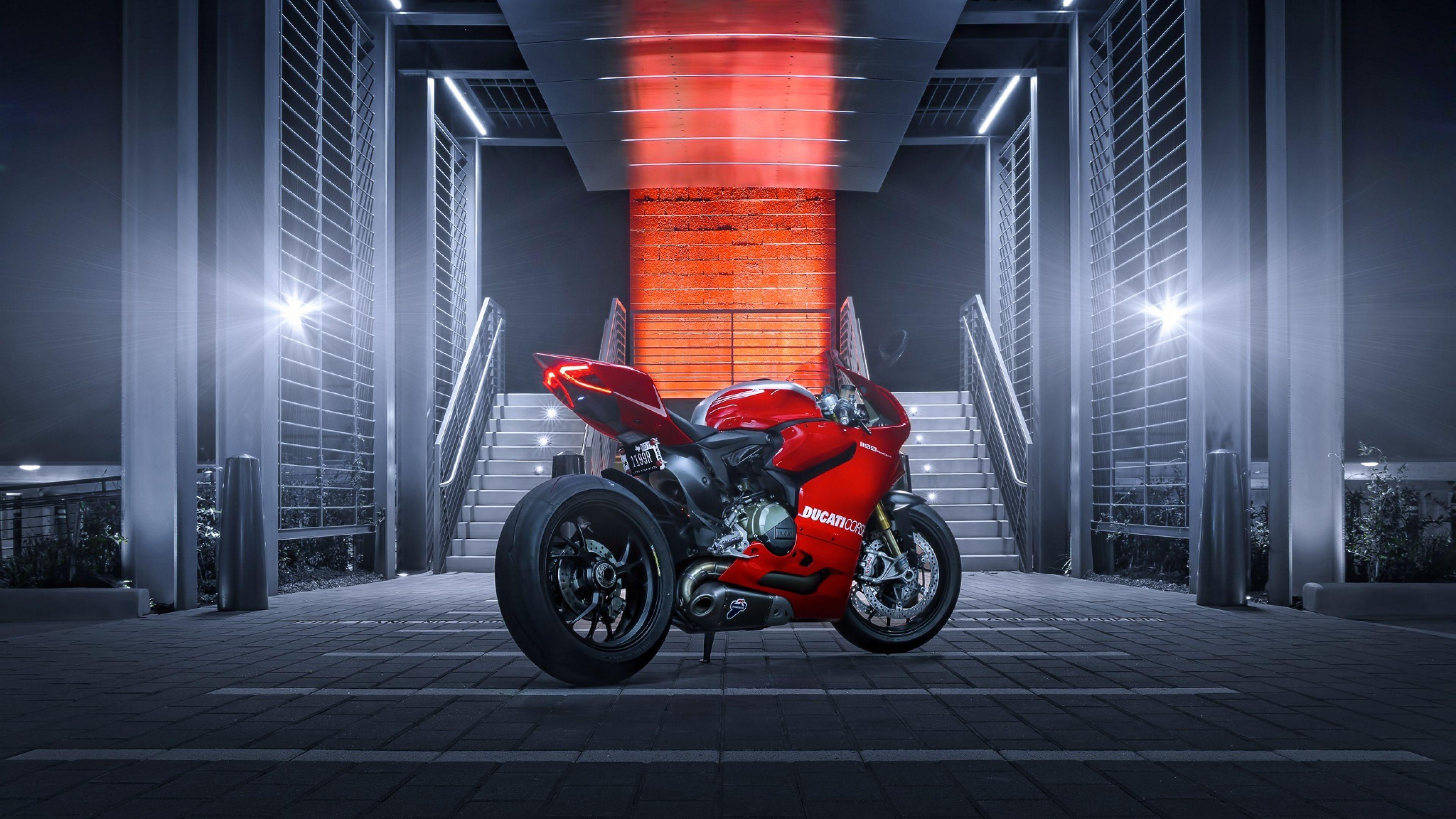 Top Free Ducati 4K Backgrounds
