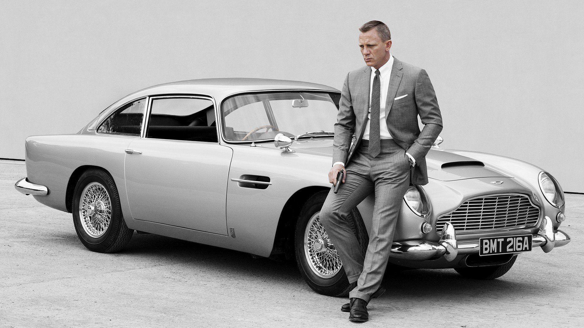 James Bond Aston Martin Wallpapers Top Free James Bond Aston Martin Backgrounds Wallpaperaccess