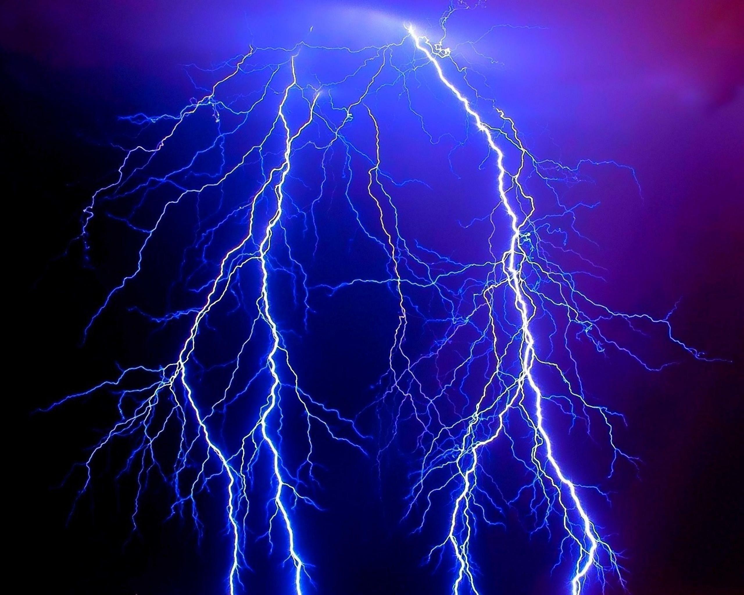 Blue Lightning Wallpapers Top Free Blue Lightning Backgrounds Wallpaperaccess
