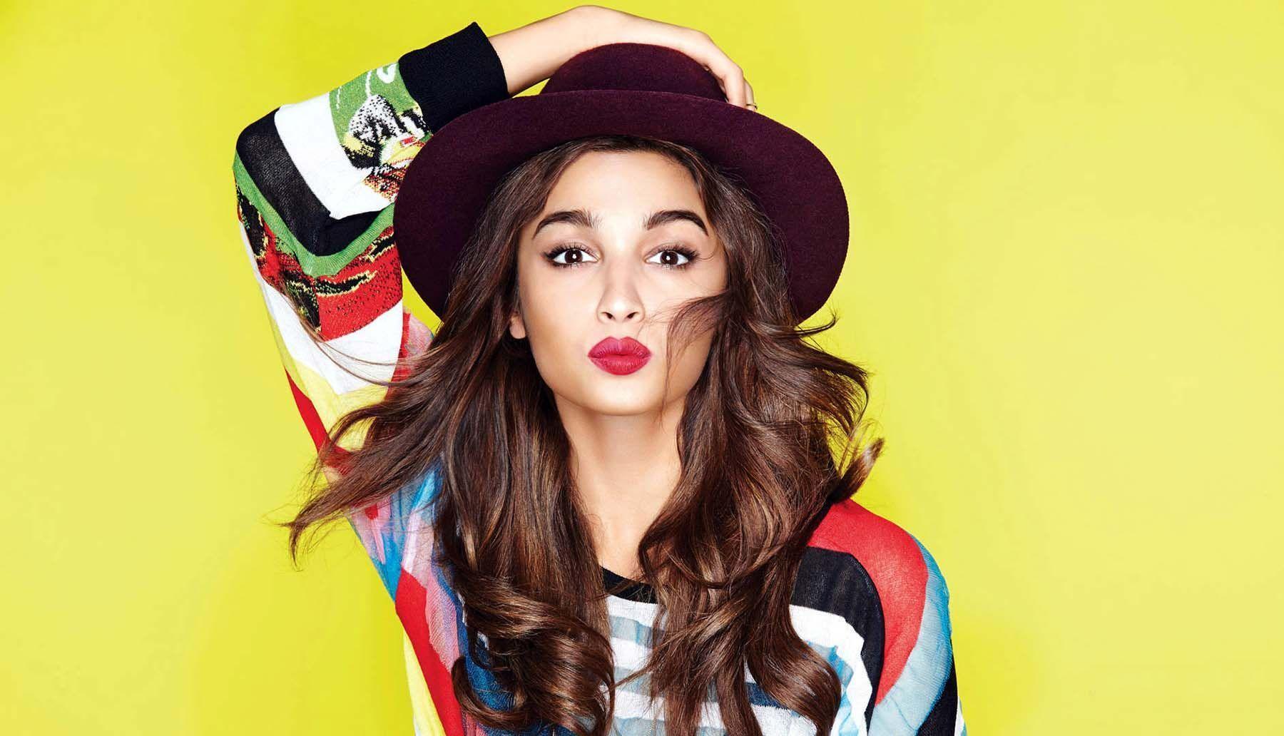 Alia Bhatt 4K Wallpapers - Top Free Alia Bhatt 4K Backgrounds -  WallpaperAccess