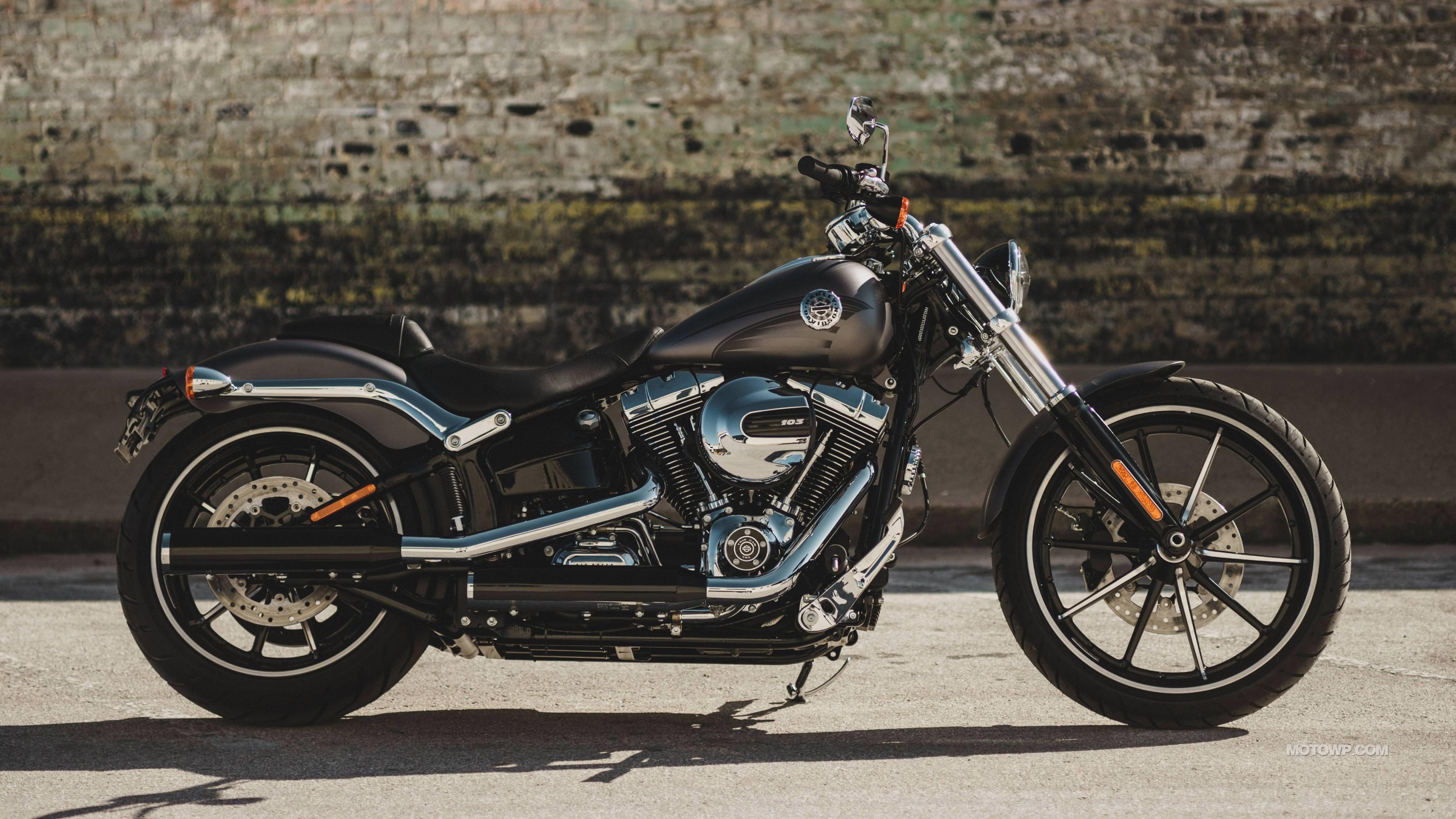 Harley-Davidson Breakout Wallpapers