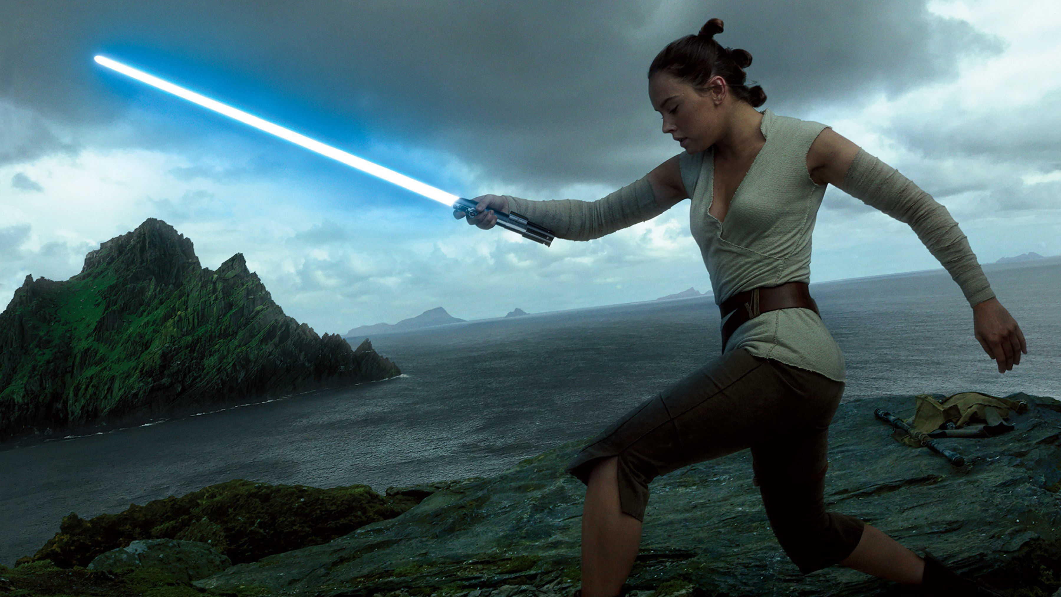 Daisy Ridley Star Wars Wallpapers Top Free Daisy Ridley Star Wars Backgrounds Wallpaperaccess