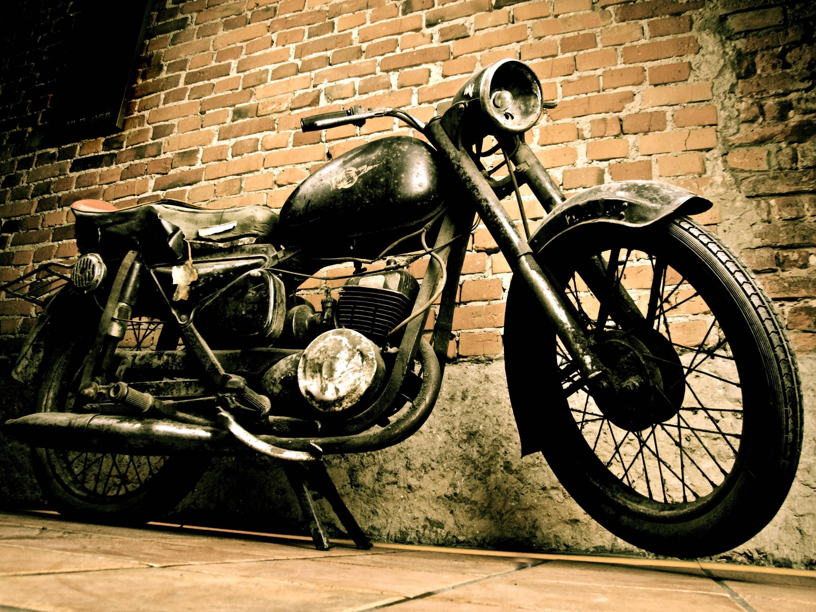 Vintage Motorcycle Wallpapers Top Free Vintage Motorcycle Backgrounds Wallpaperaccess